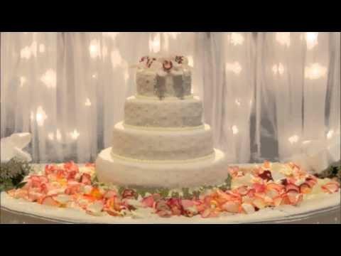 Wedding Cake Table Decor Ideas Unique Ideas for Wedding Cake Table Decorations