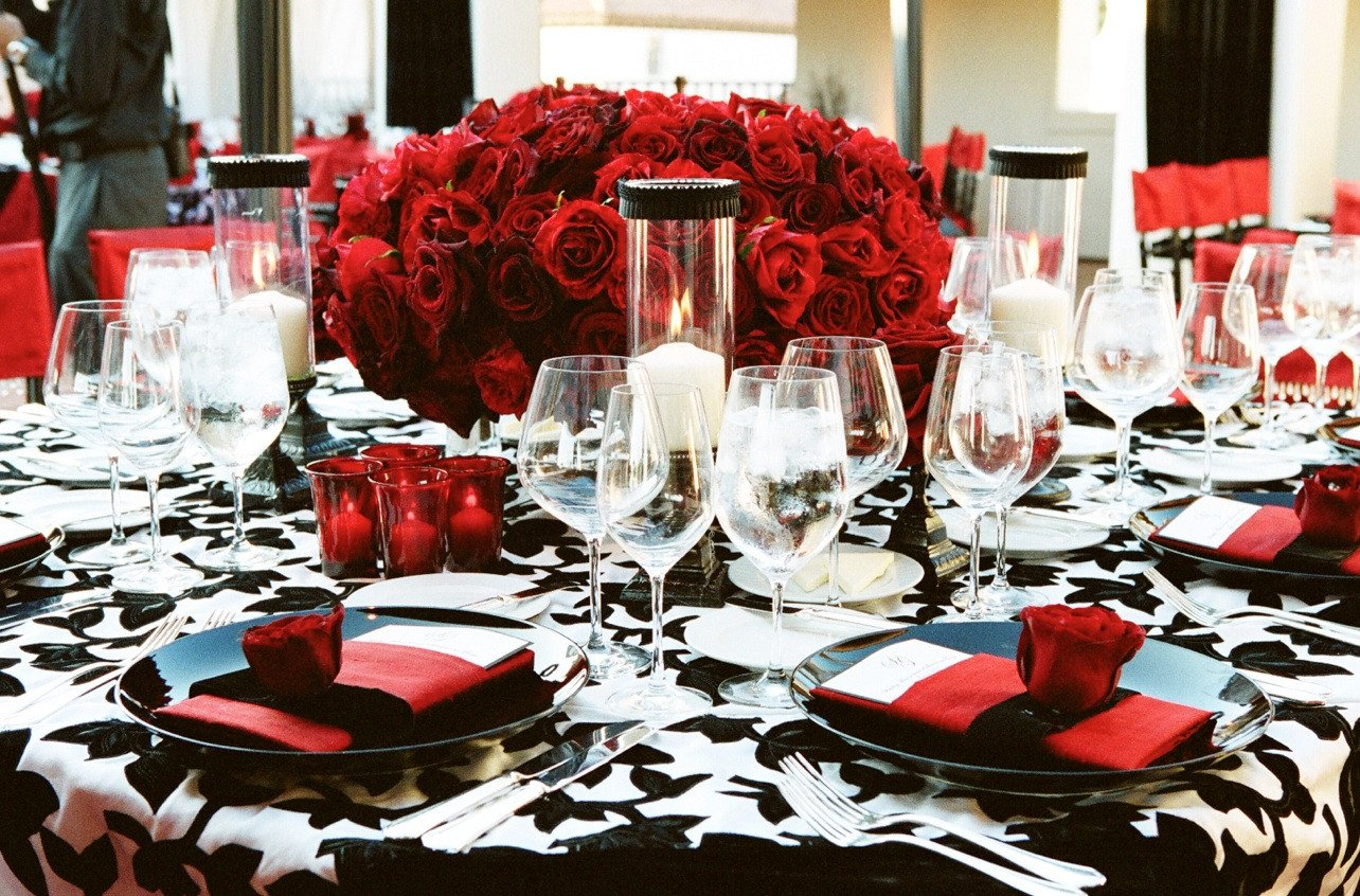Wedding Decor Red and White Luxury Red Black and White Wedding Color Schemes Wedding themes Inside Weddings