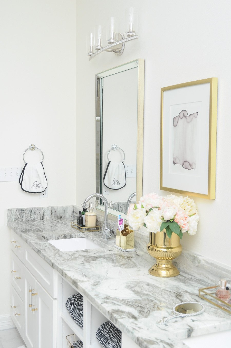 White and Gold Bathroom Decor Luxury Glam Gold & White Master Bathroom Refresh