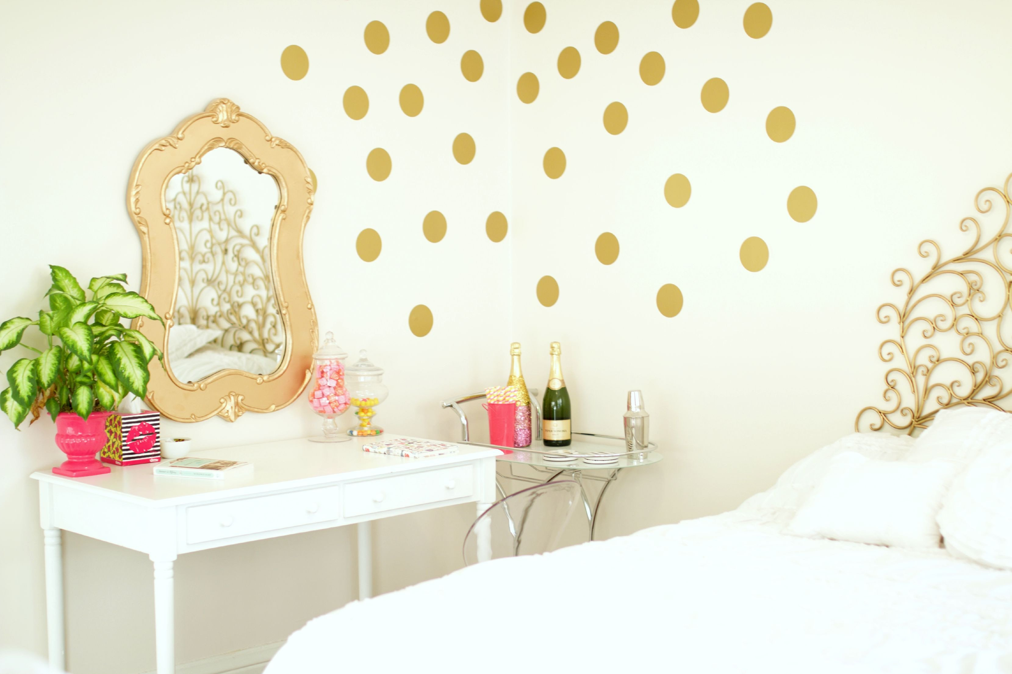 White and Gold Room Decor Beautiful Bedroom Inspiration