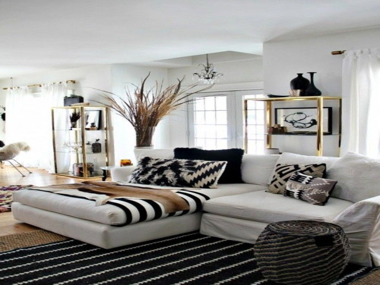 White and Gold Room Decor Unique Wallpaper Designs for Bedrooms Ideas Black White and Gold Room Decor Black White and Gold