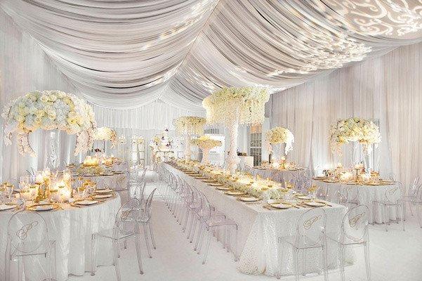White and Gold Wedding Decor Fresh Glamorous White & Gold Wedding at A Private Estate In Georgia Inside Weddings