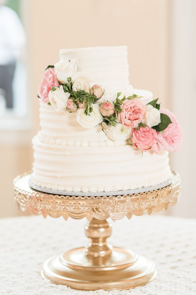 White and Gold Wedding Decor New Elegant White and Gold Wedding with Handmade Reception Details