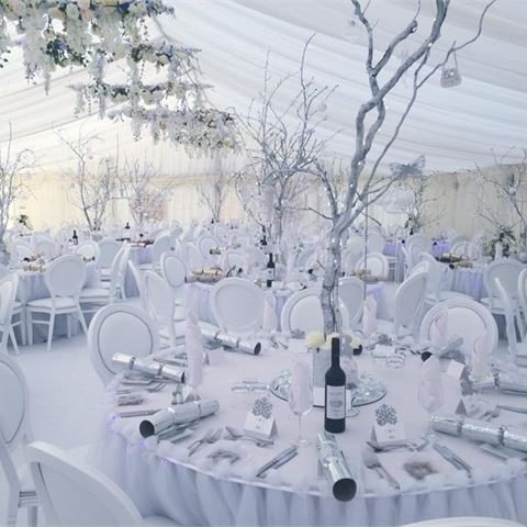 White and Silver Wedding Decor Beautiful Wedding Decor Silver