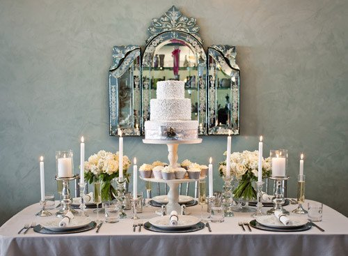 White and Silver Wedding Decor Elegant Chic Silver and White Winter Table top Decor Ideas
