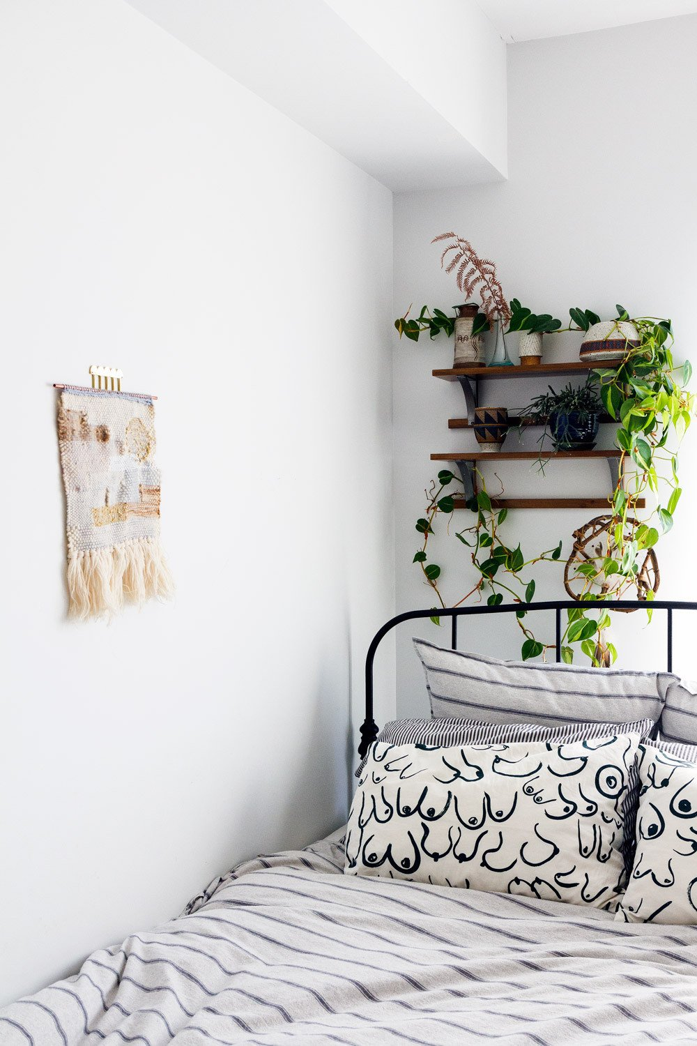 White Wall Decor for Bedroom Luxury the White Wall Controversy How the All White Aesthetic Has Affected Design – Design Sponge