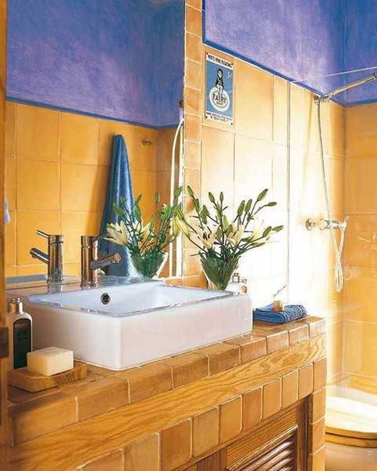 Yellow and Blue Bathroom Decor Fresh 15 Bold Bathroom Designs with Unusual Color Scheme Rilane