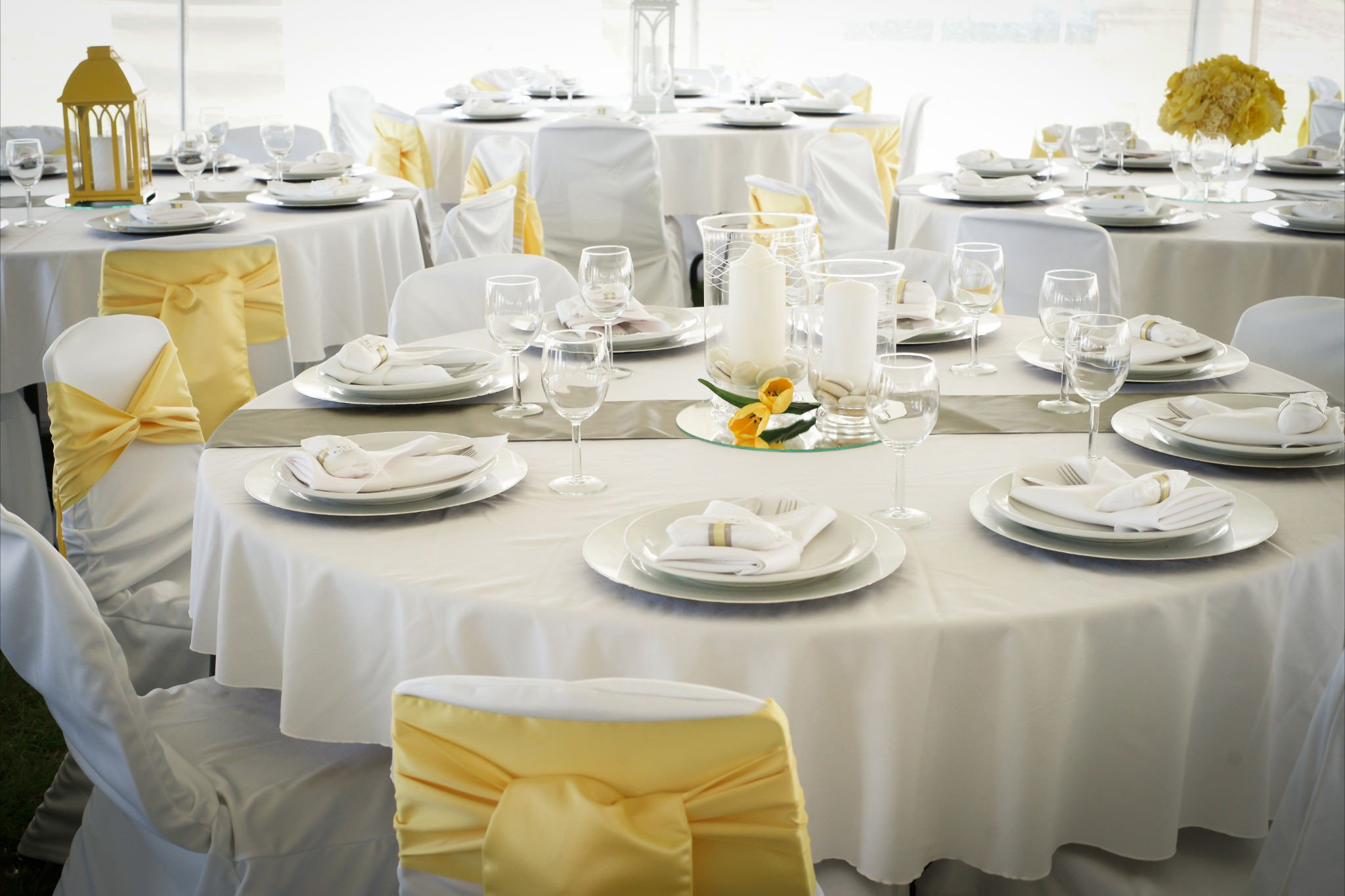 Yellow and Grey Wedding Decor Elegant Tent Wedding Fresh White and Yellow Wedding Decor Wedding Rentals Edmonton