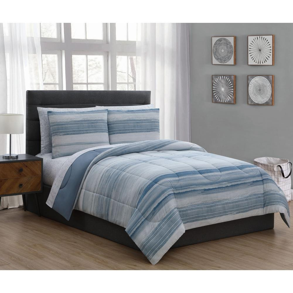 6 Piece Queen Bedroom Set New Laken 7 Piece Blue Queen Bed In A Bag Set