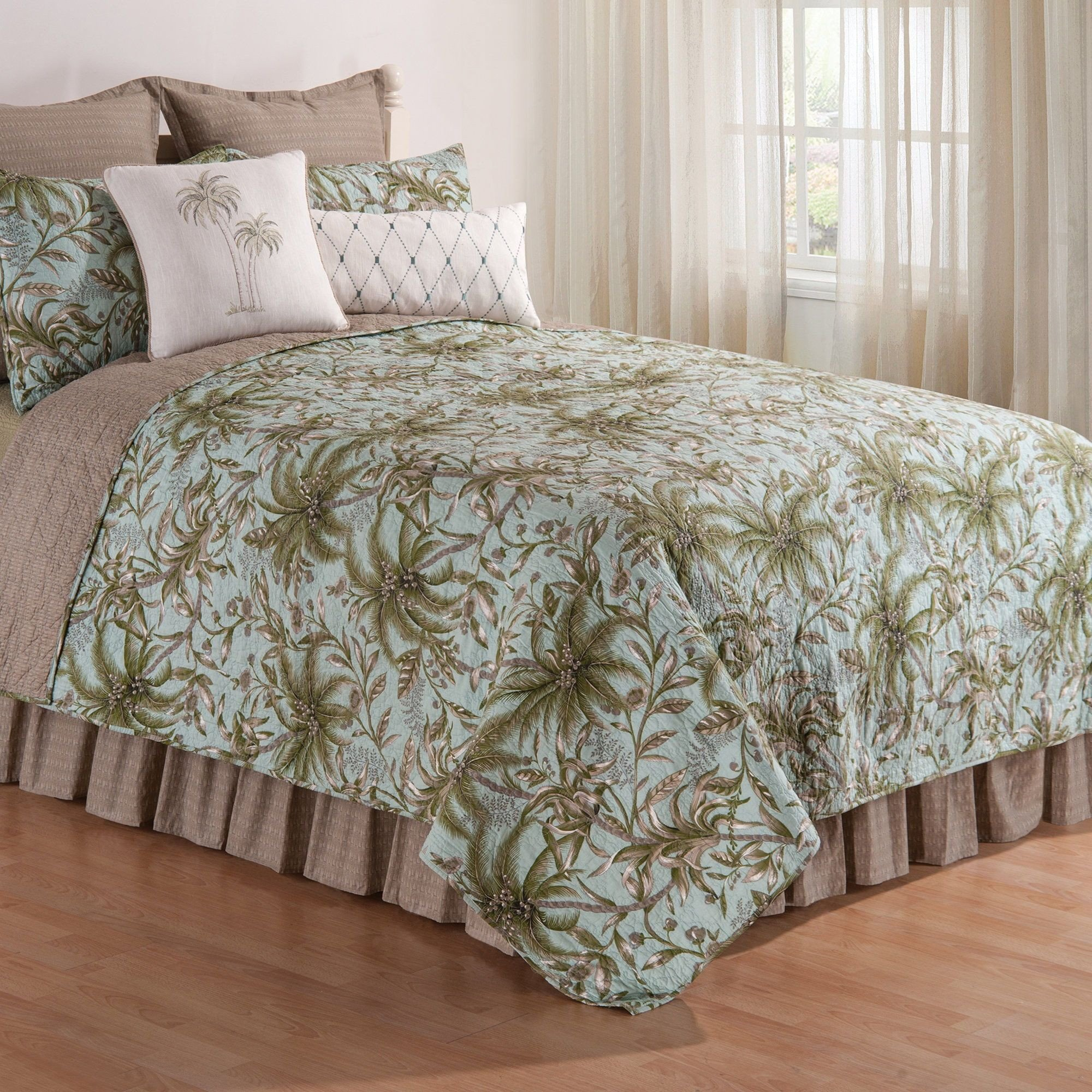 Beach themed Bedroom Furniture Awesome Coastal Bedding Sets and Beach Bedding Sets