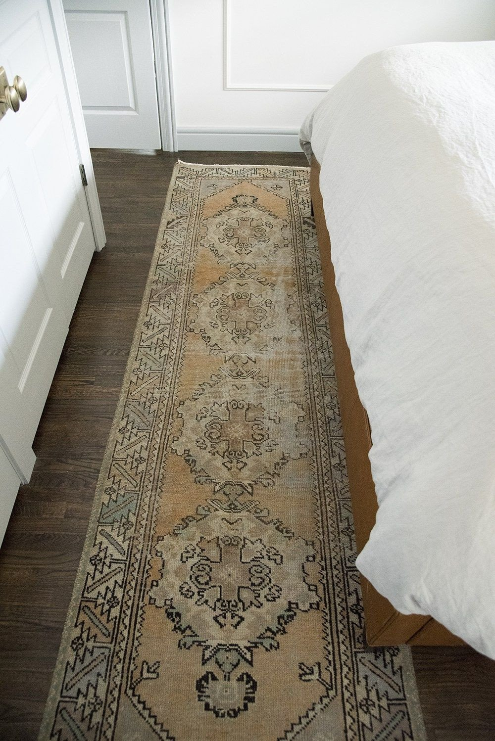 Bedroom area Rug Placement Lovely Master Bedroom Get the Look Room for Tuesday Blog