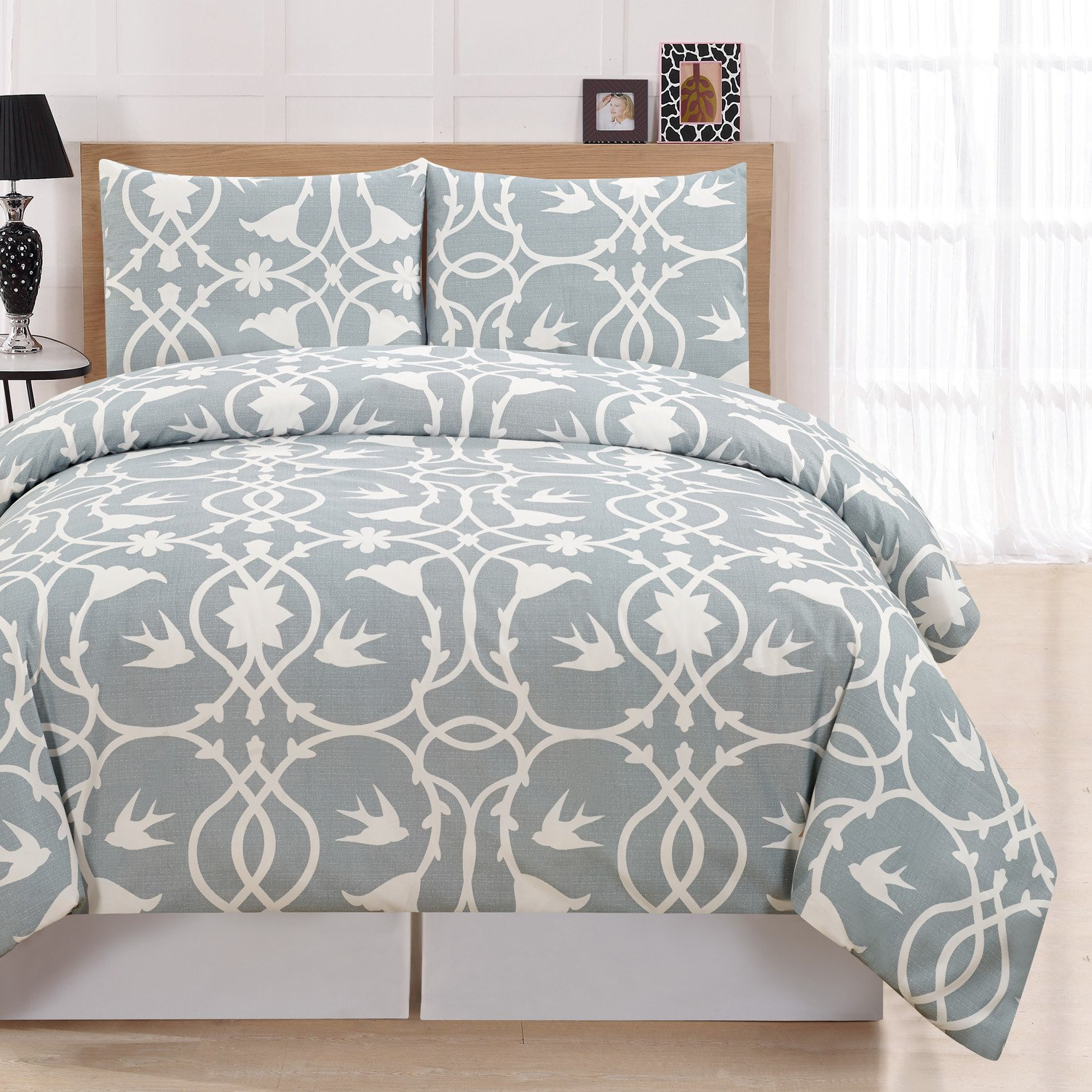 Bedroom Bedding and Curtain Set Lovely Duvet Vs forter which is Best for You