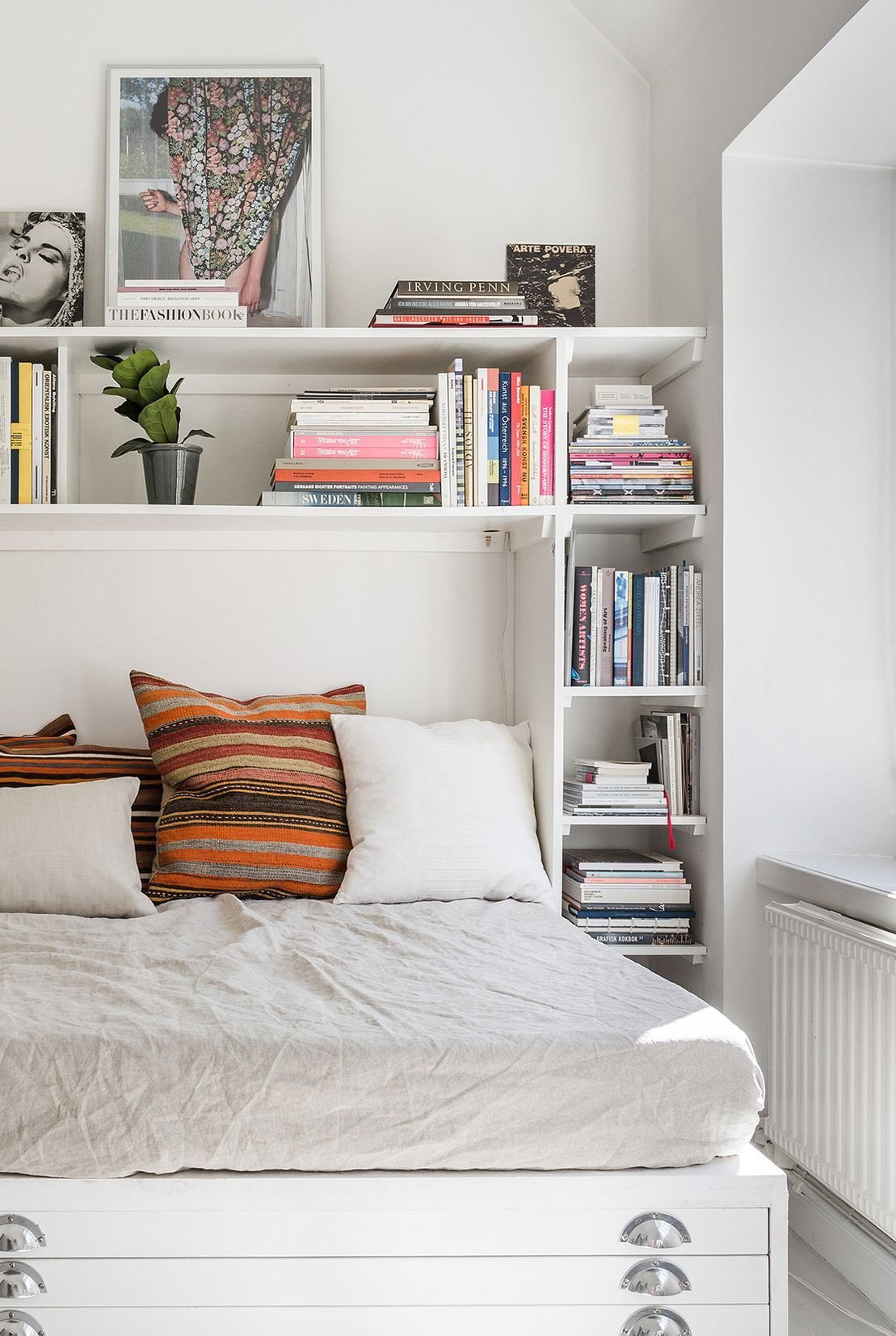 Bedroom Storage Ideas for Small Rooms Beautiful the Ingenious Trick that Makes even the Tiniest Studio