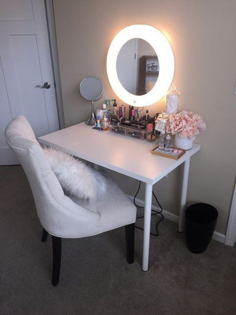 Bedroom Vanities with Light Inspirational 25 Diy Vainness Mirror Concepts to Beautify Your Make Up