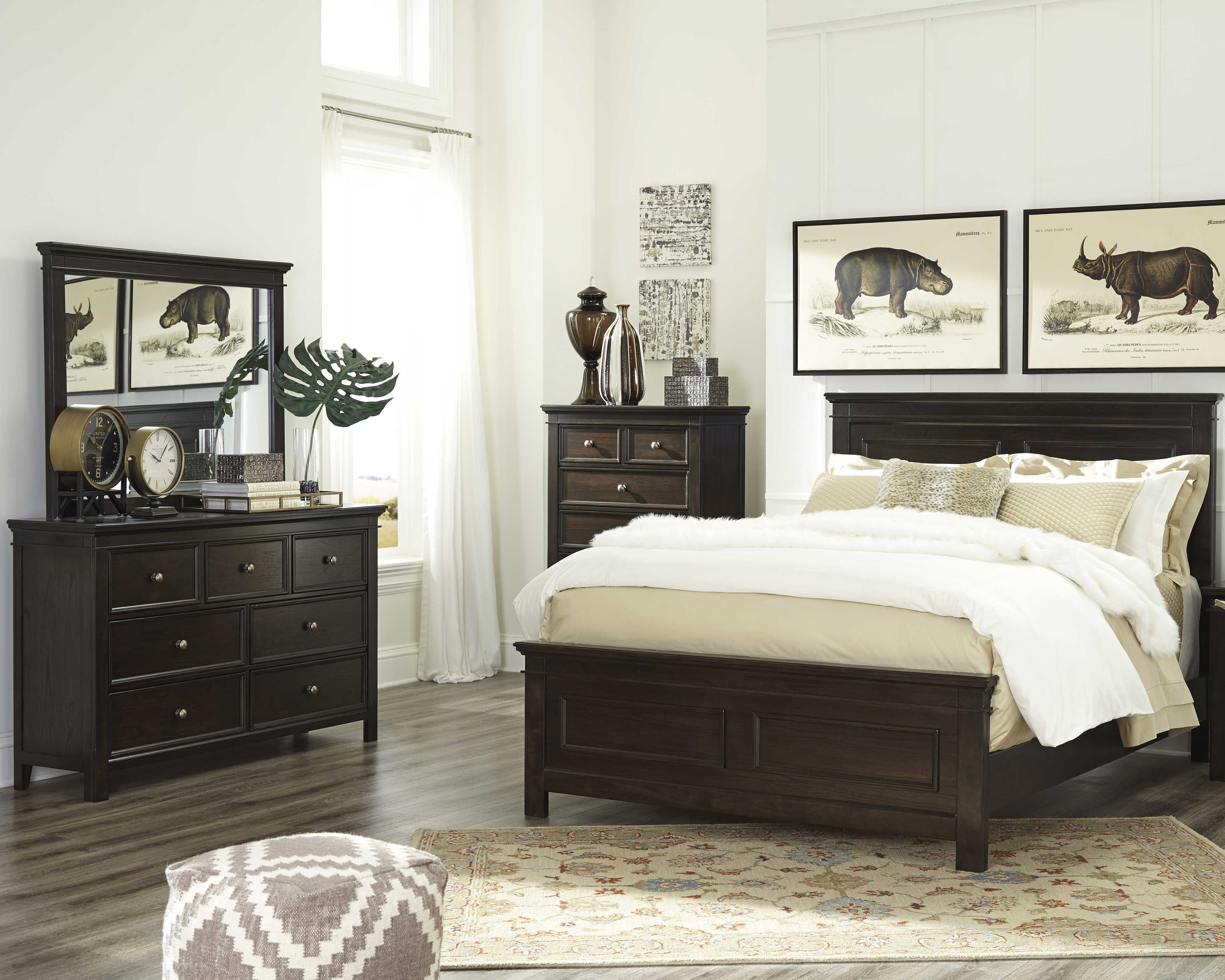 Bedroom with Black Furniture Beautiful Alexee 5 Piece King Bedroom Dark Brown