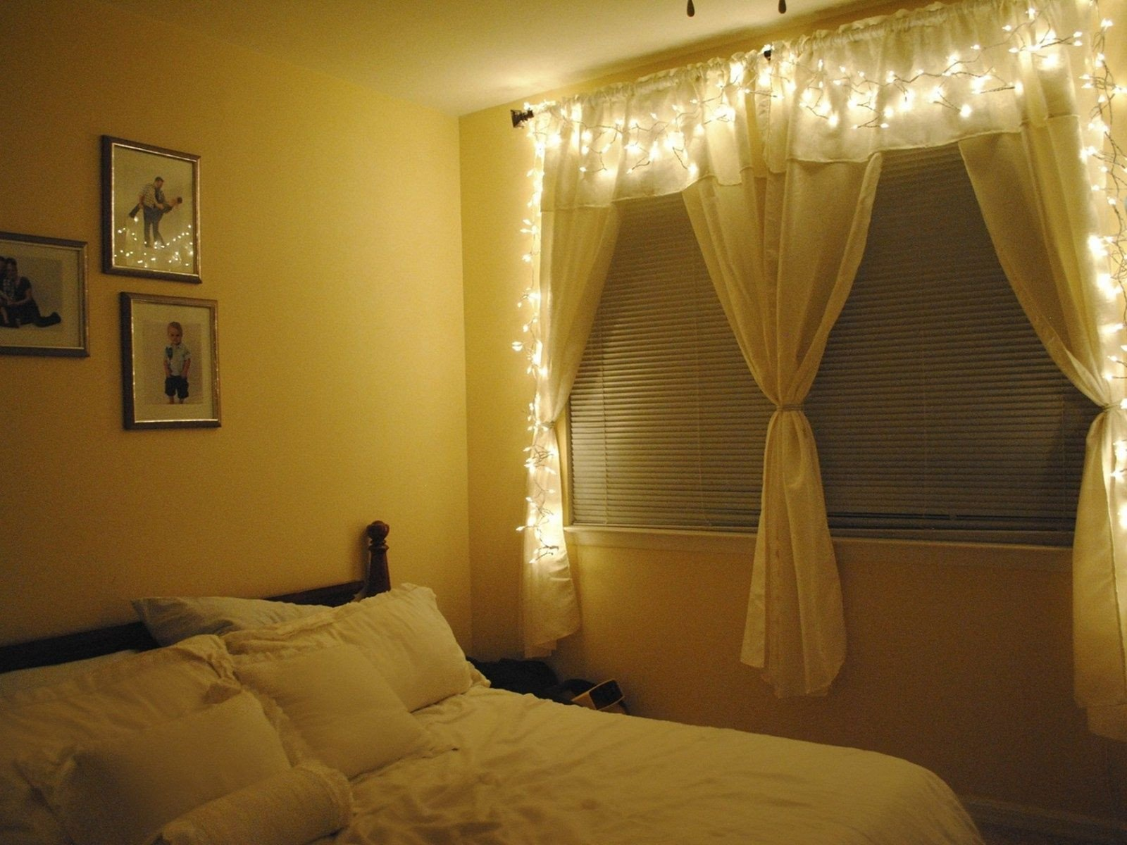 Best String Light for Bedroom Beautiful 35 Amazing Christmas Light Bedroom Decoration Ideas
