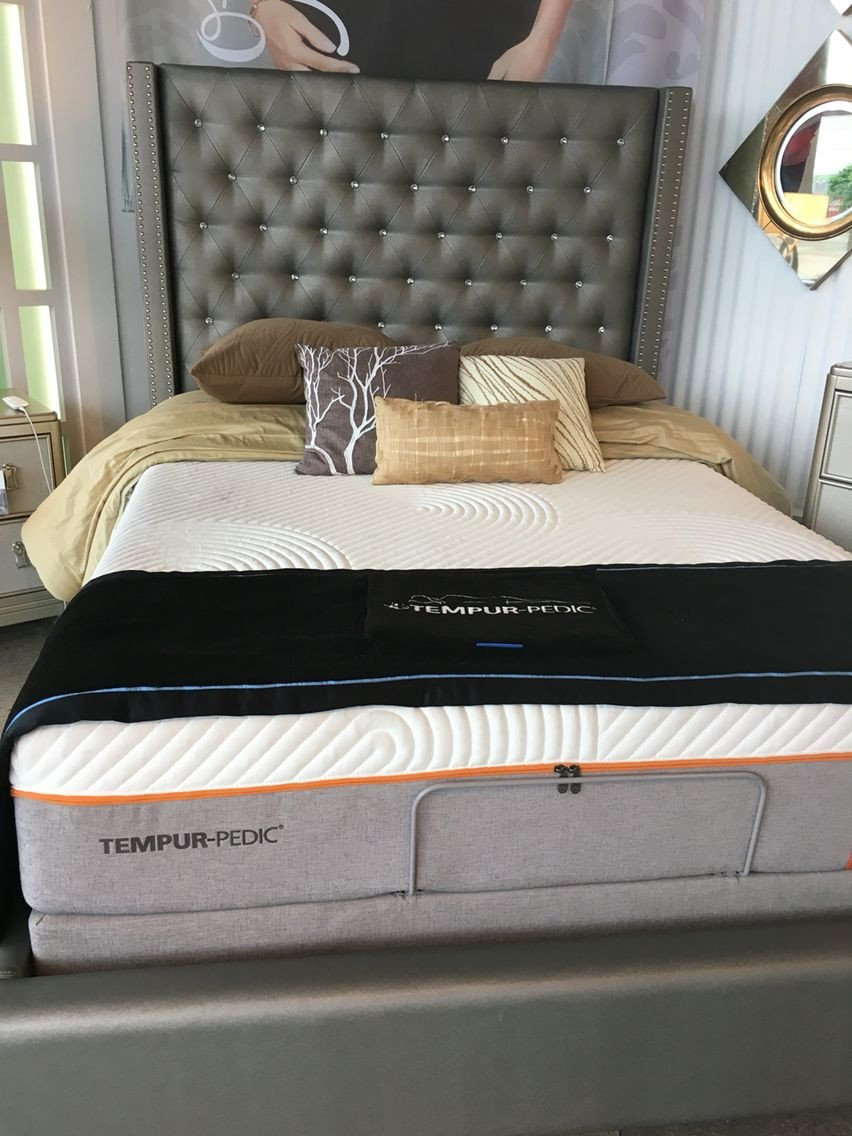 Black and Silver Bedroom Set Inspirational sofia Vergara Paris Gray