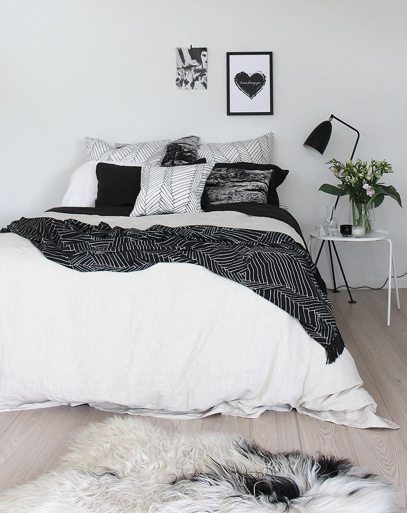 Black and White Teenage Bedroom Luxury the Best Of Black and White Bedrooms