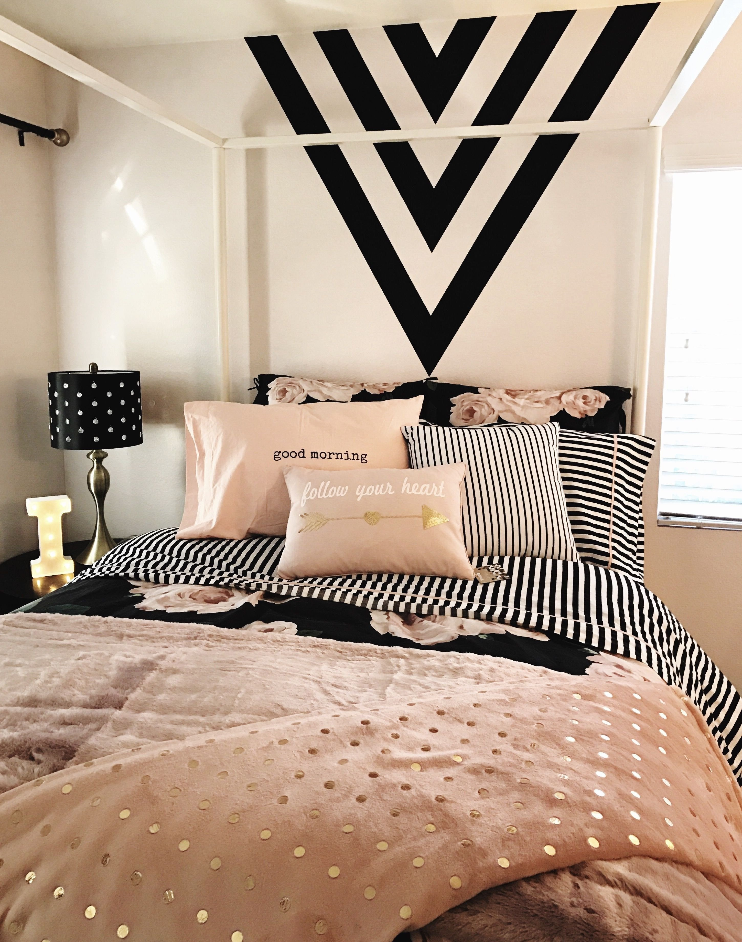 Black White and Gold Bedroom Elegant Unique Silver and White Bedroom Designs