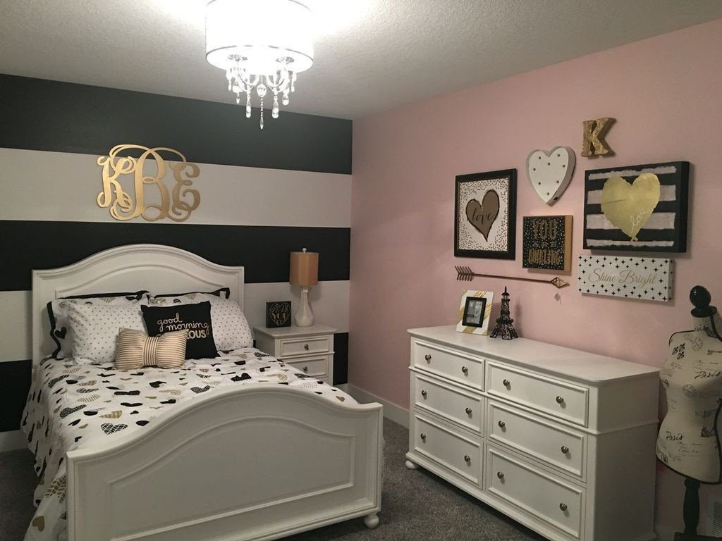 Black White and Gold Bedroom Lovely 47 Modern White and Black Bedroom Decoration Ideas for