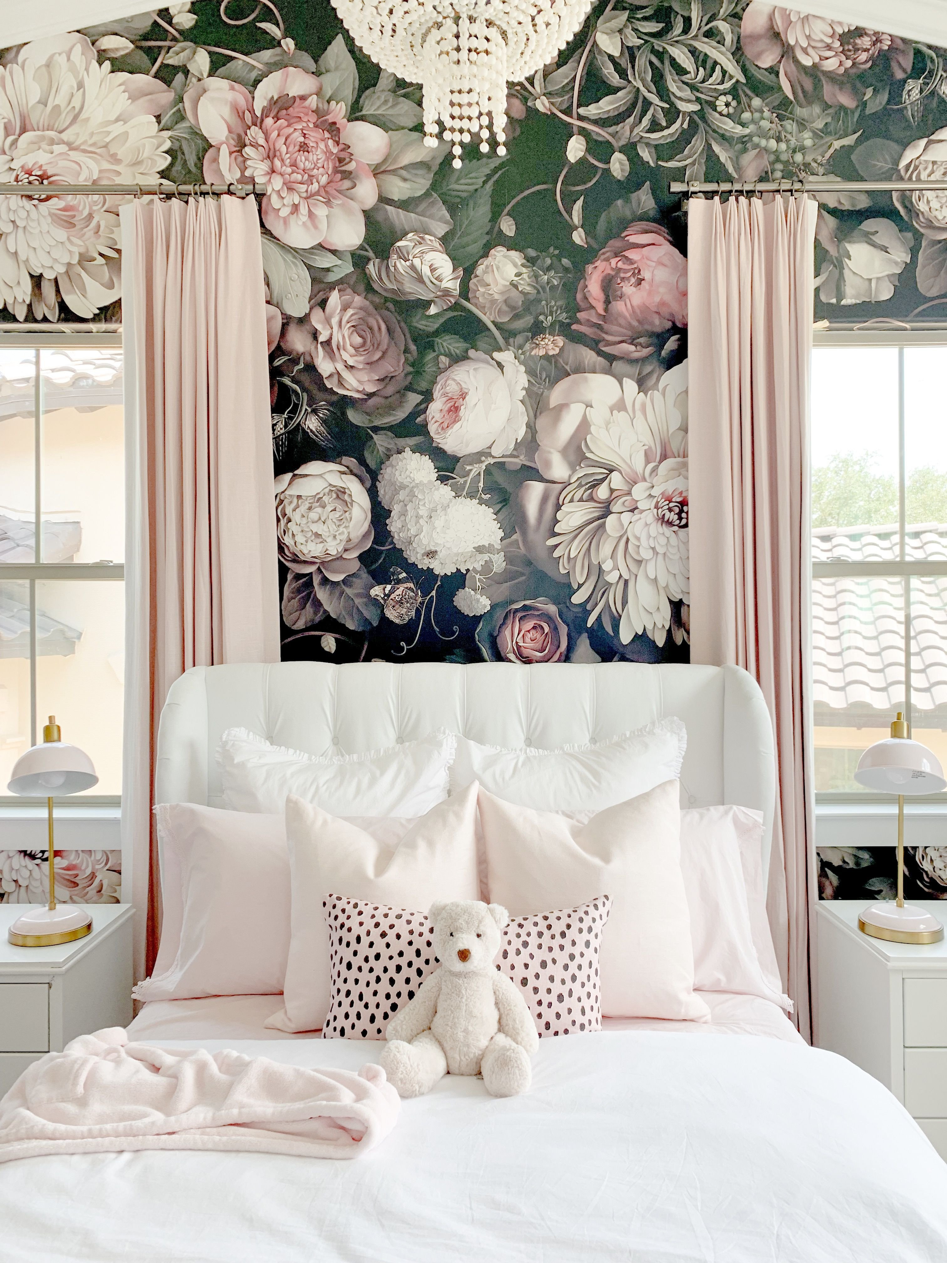 Chandelier for Teenage Girl Bedroom Fresh Blush Pink Bedroom with Floral Wallpaper A White Tufted