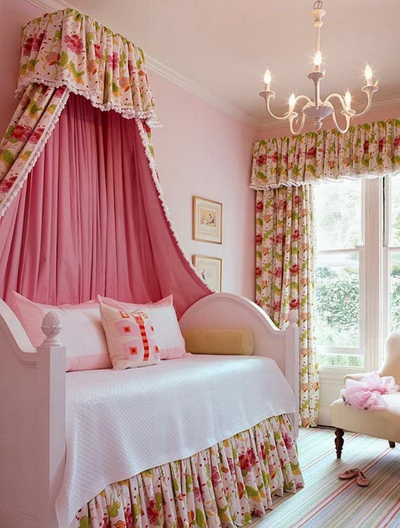 Chandelier for Teenage Girl Bedroom Luxury Kids Furniture Delicate Pink Girl Bedroom with Daybed Plus
