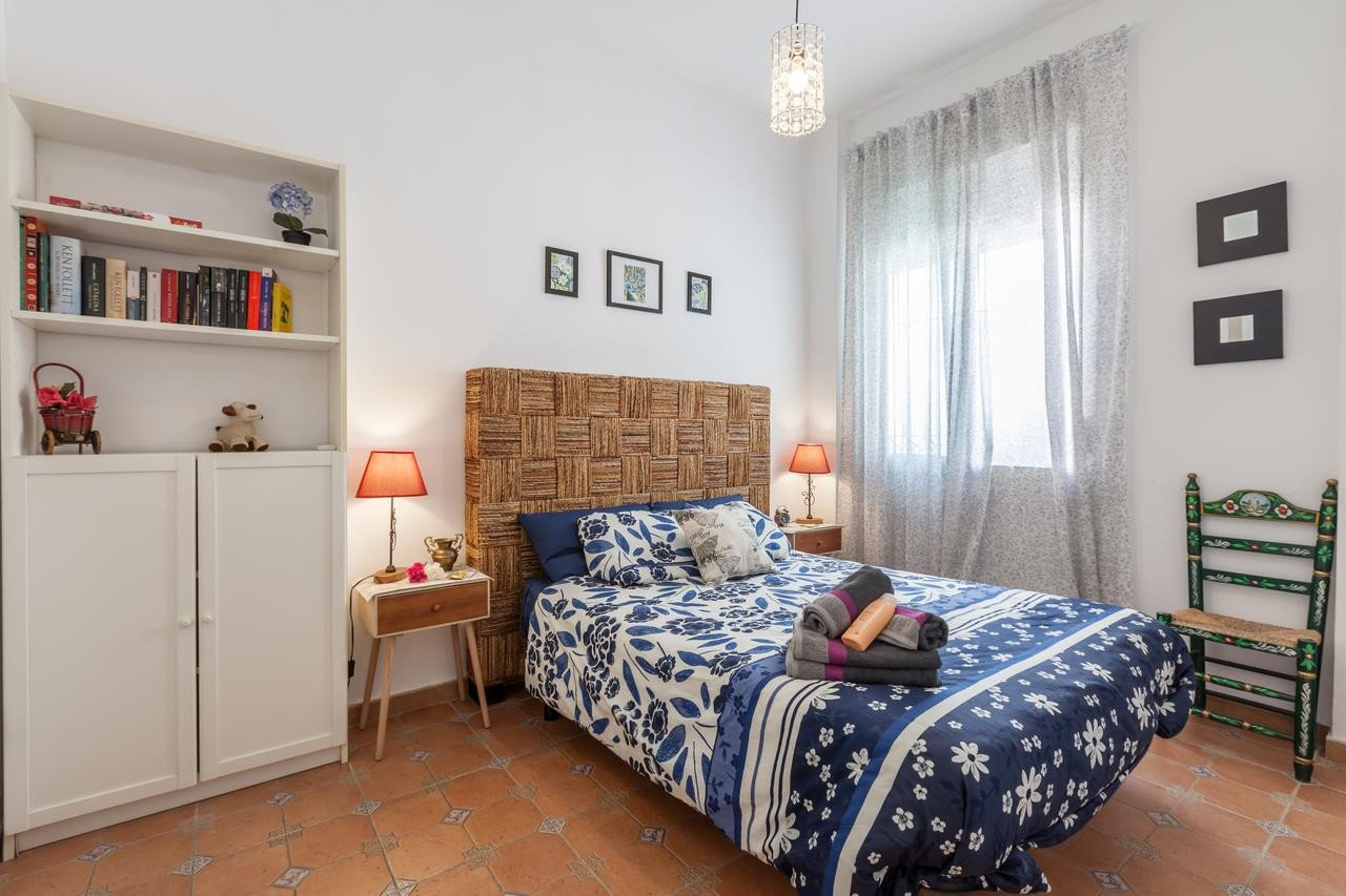 Cheap Comfy Chairs for Bedroom Luxury Fy Apartment Los Naranjos Triana Seville Spain