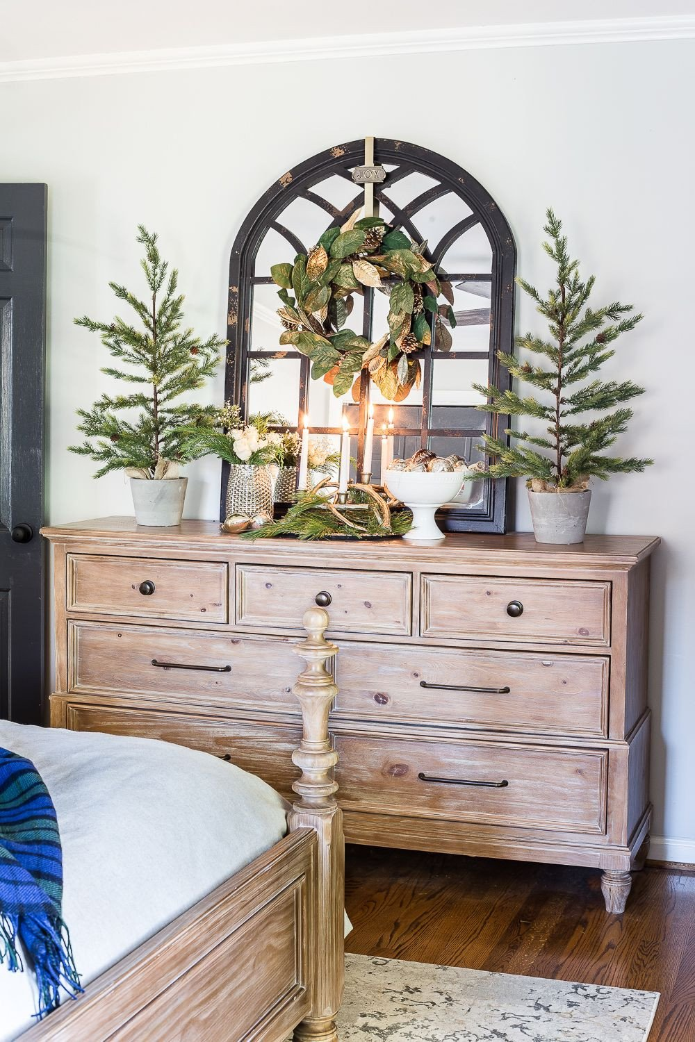 Christmas Bedroom Decorating Ideas Beautiful Blue & Neutral Christmas Bedroom