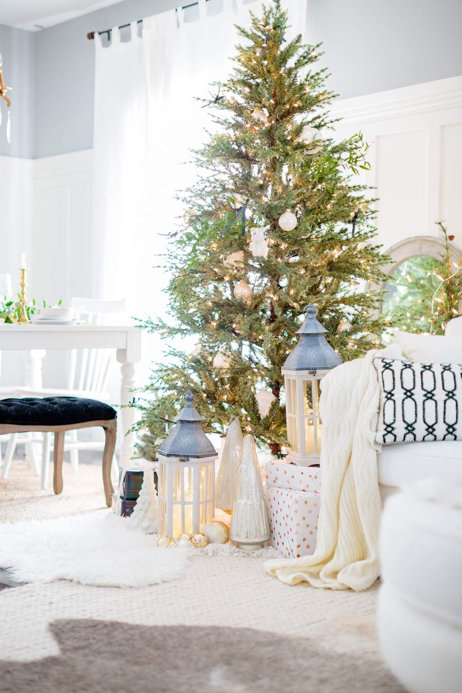Christmas Bedroom Decorating Ideas New 21 Beautiful Ways to Decorate the Living Room for Christmas