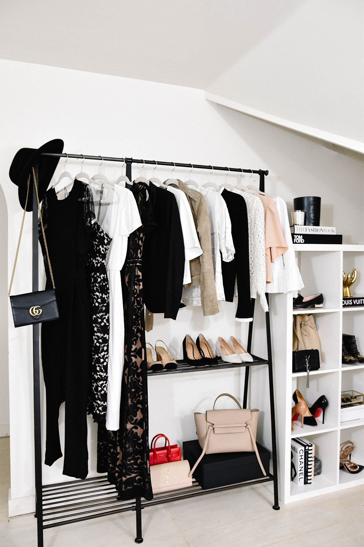 Clothing Rack for Bedroom Luxury Fashion Jackson S Home Fice How to Style A Clothing Rack