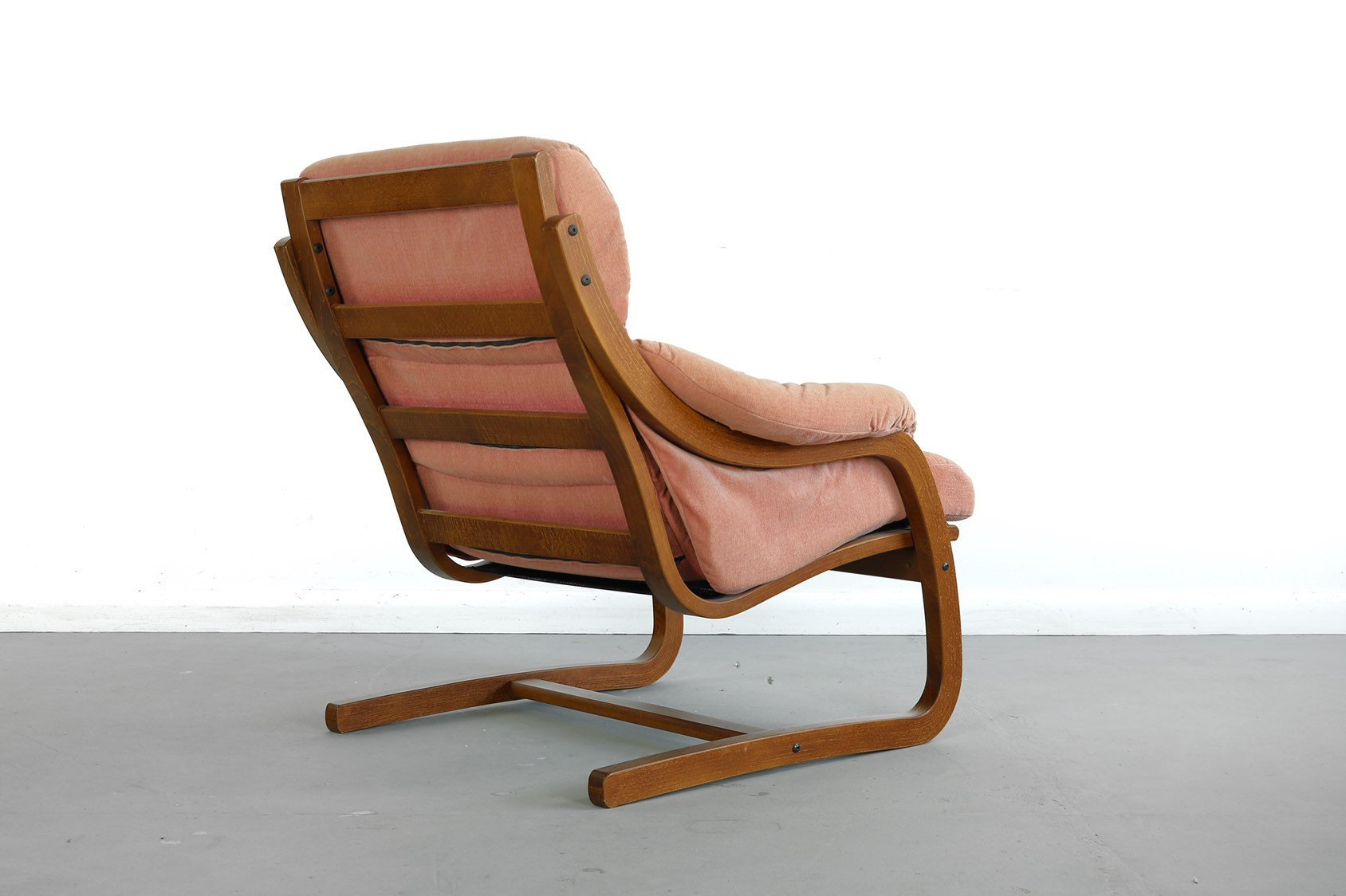 Comfy Lounge Chairs for Bedroom Awesome Westnofa Bentwood Lounge Chair norway