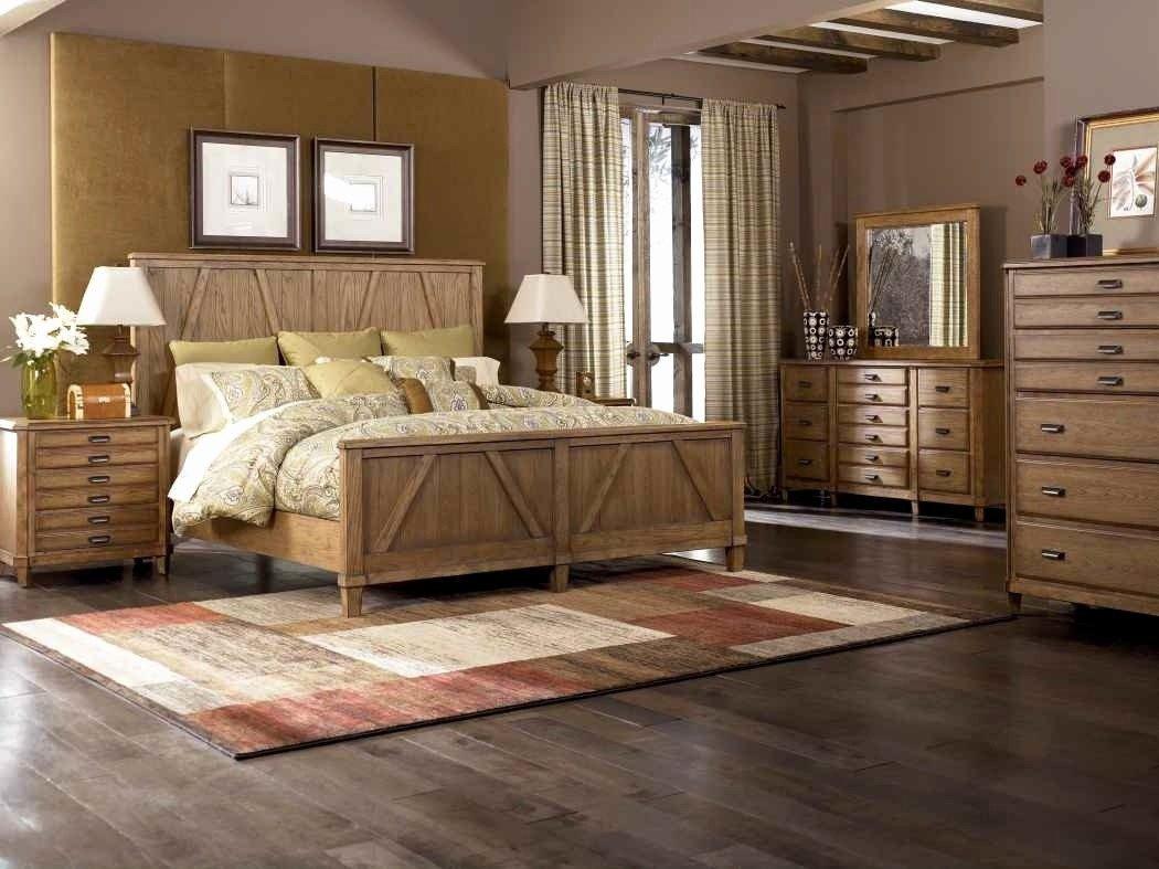 Decorative Light for Bedroom Elegant 30 attractive Hardwood Floor Decorating Ideas