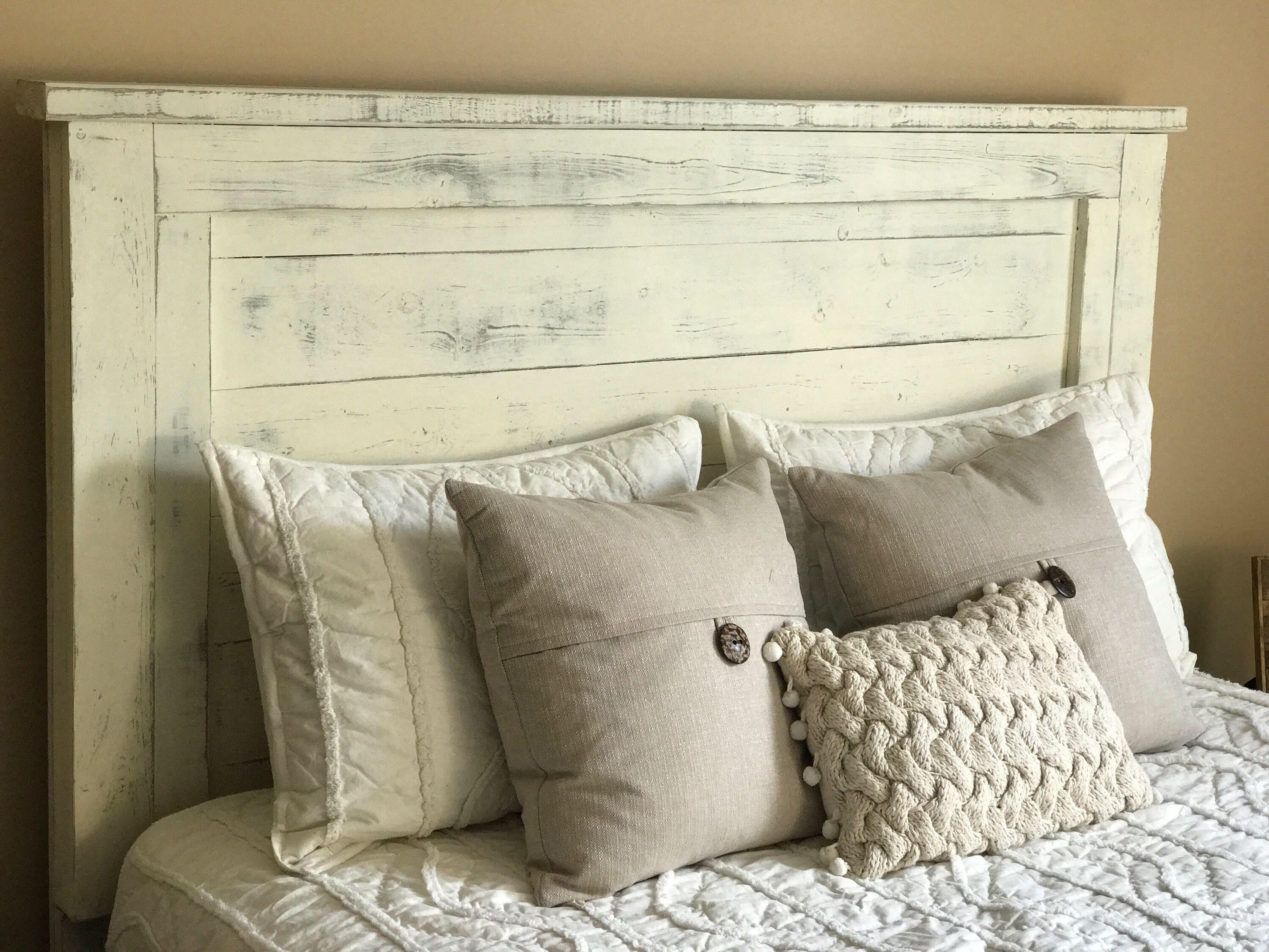 Distressed White Bedroom Furniture Beautiful Distressed White Headboard Queen Headboard Farmhouse Decor