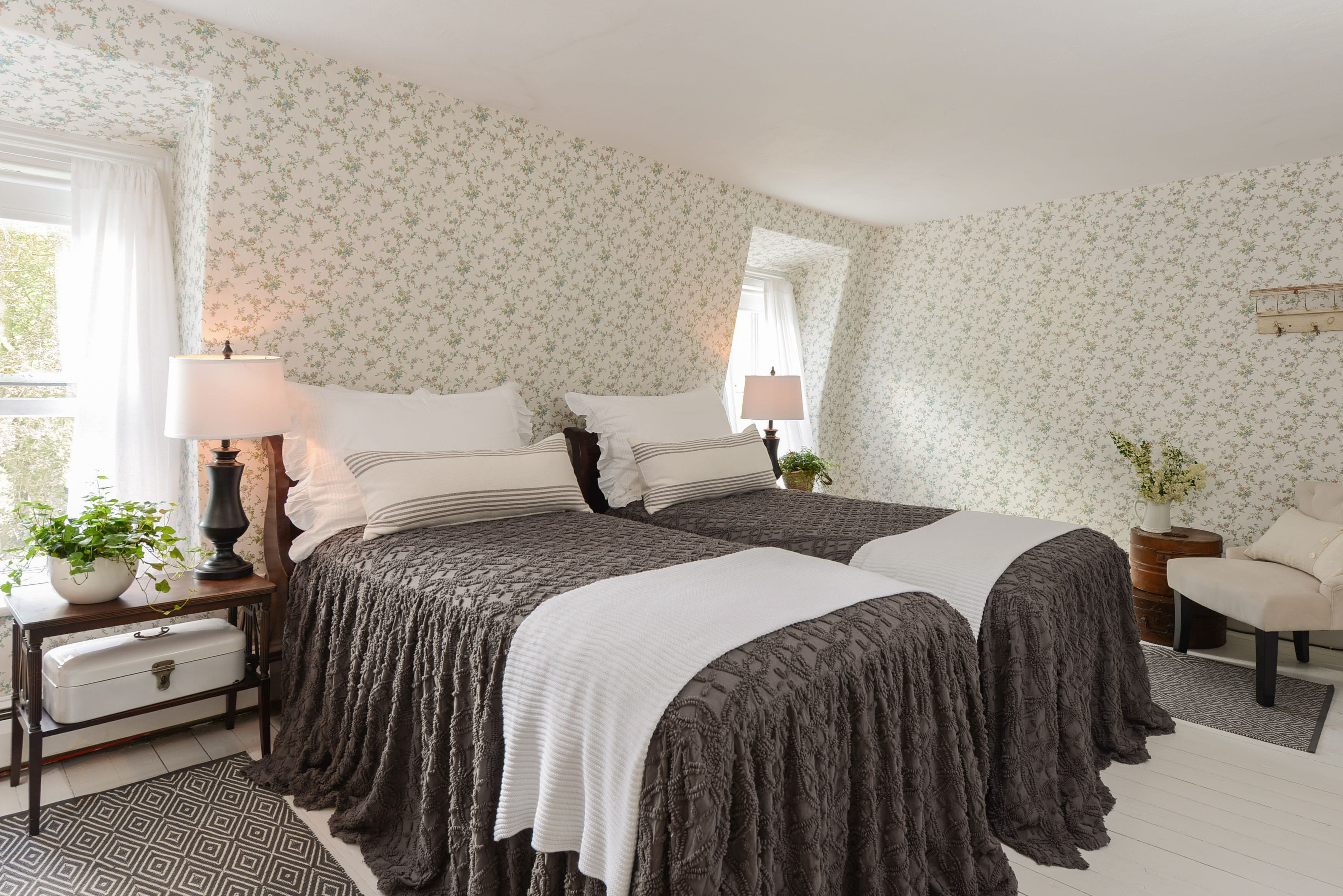 Drexel Heritage Bedroom Furniture Best Of Kept Existing Wallpaper and Upgraded the Rest and It Really