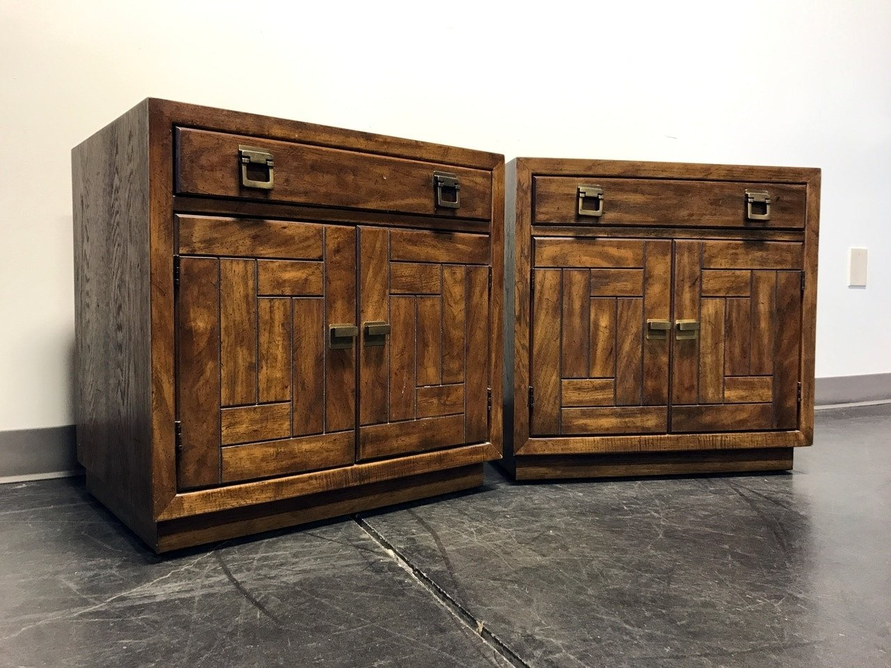 DREXEL HERITAGE Woodbriar Pecan Campaign Style Bedside Chests Nightstands Pair 4 Boyds Fine Furnishings