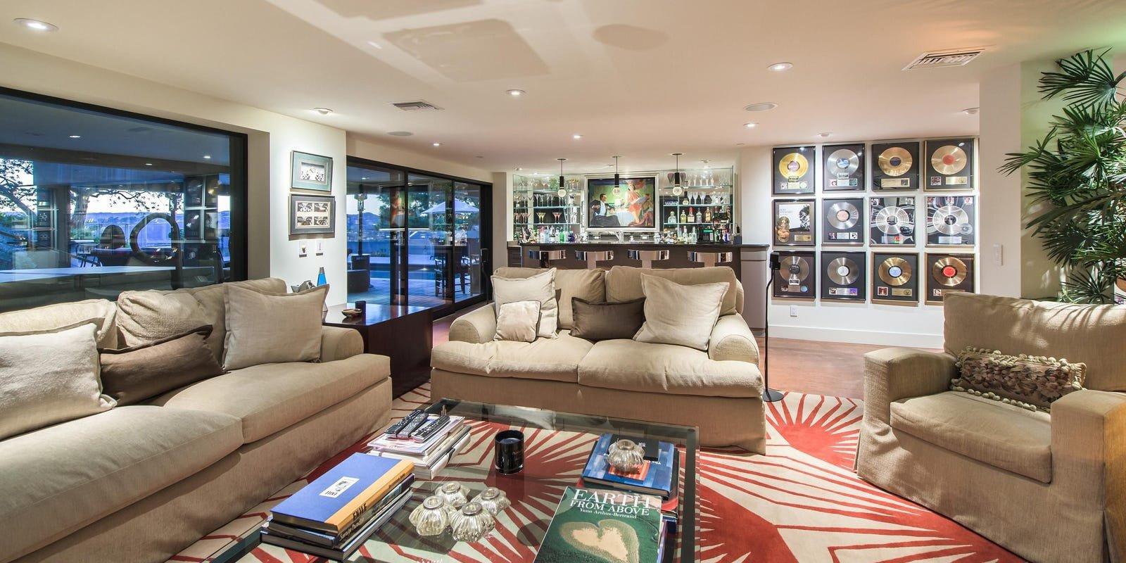 Finding Dory Bedroom Decor Unique Jane Fonda & Richard Perry List Eco Home at $12 999m