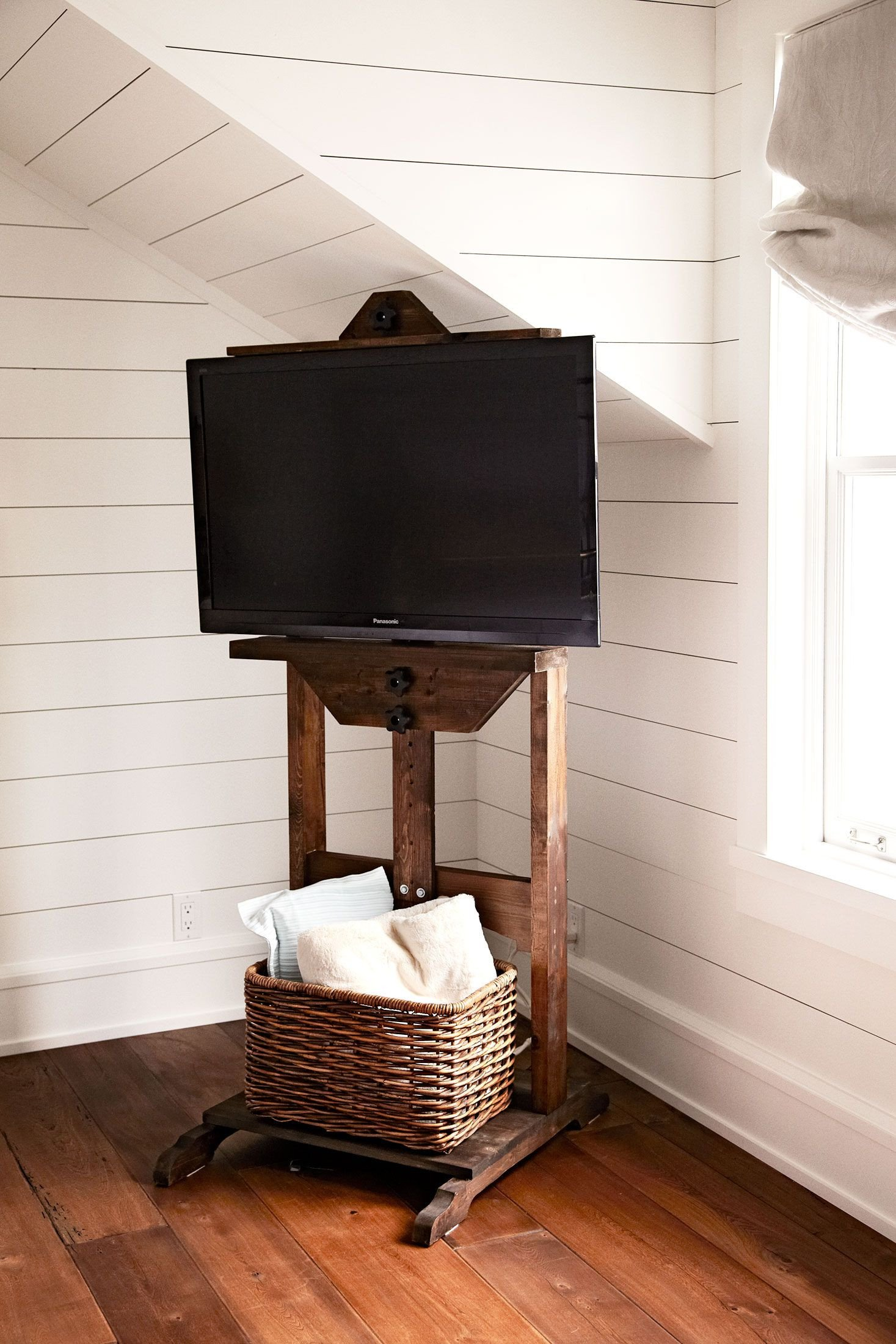 Good Size Tv for Bedroom Elegant How to Hide Tv Cables Chatelaine