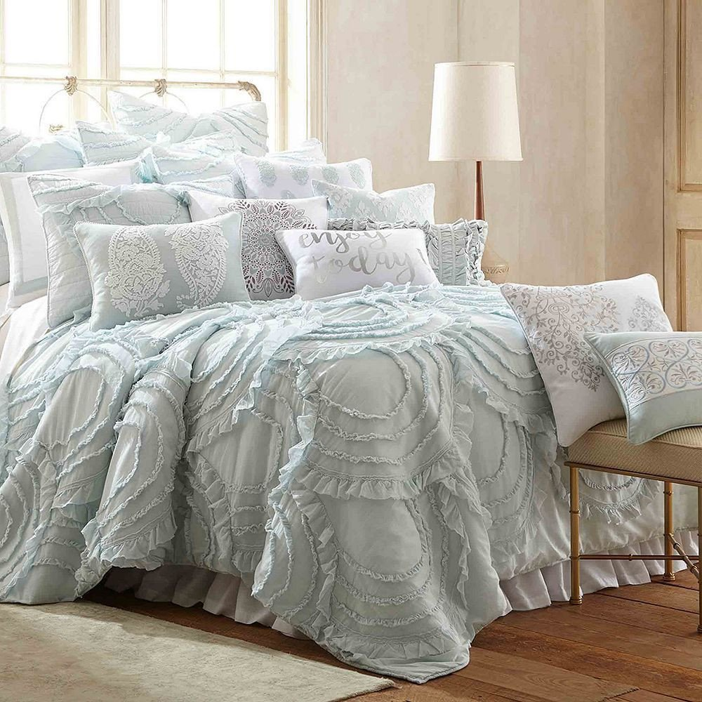 Gray and Aqua Bedroom Lovely Lindsey Spa Quilt Set Blue