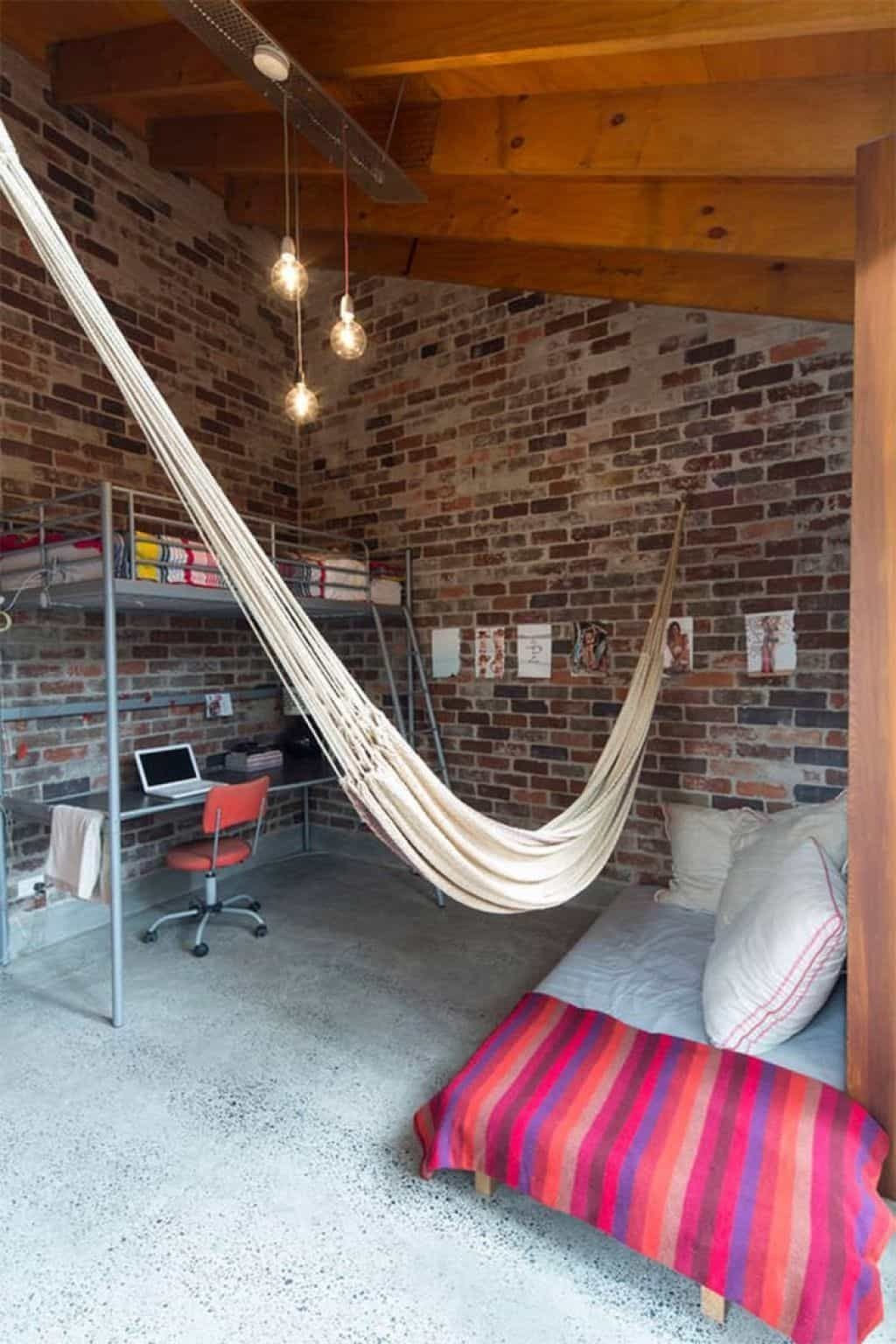Hammock Bed for Bedroom Awesome Ways to Hang A Hammock In Your Bedroom