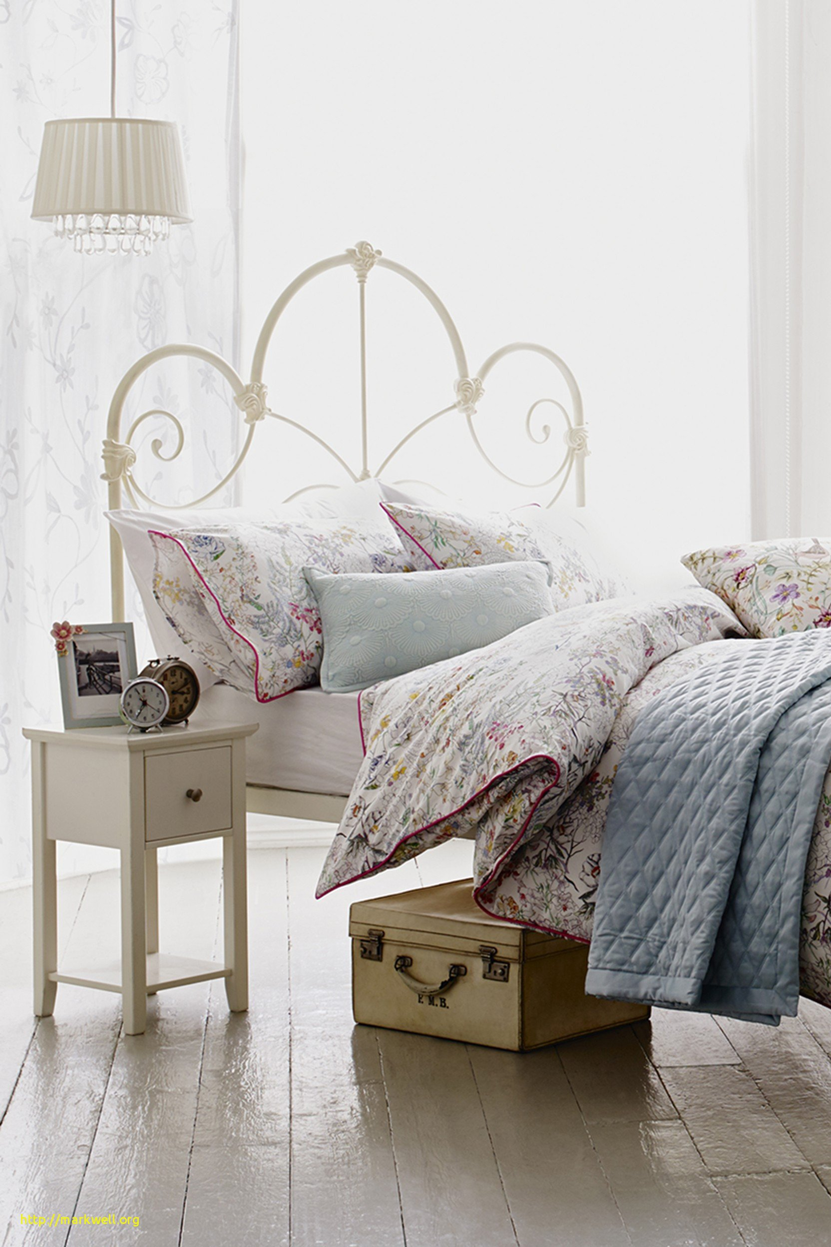 High Quality Bedroom Furniture New Elegant Cheap Bedroom Chairs