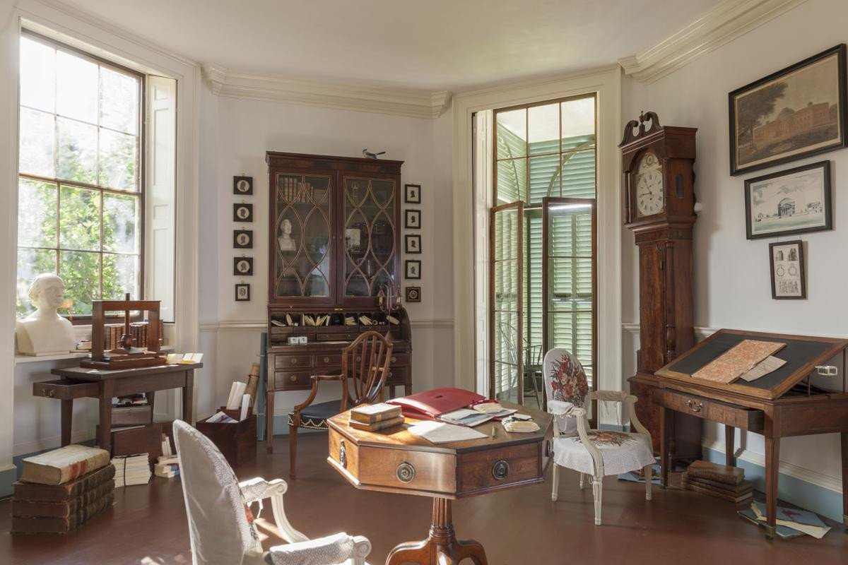 How to organize A Bedroom Luxury Restoration at Monticello Makes It Feel Like Jefferson Has