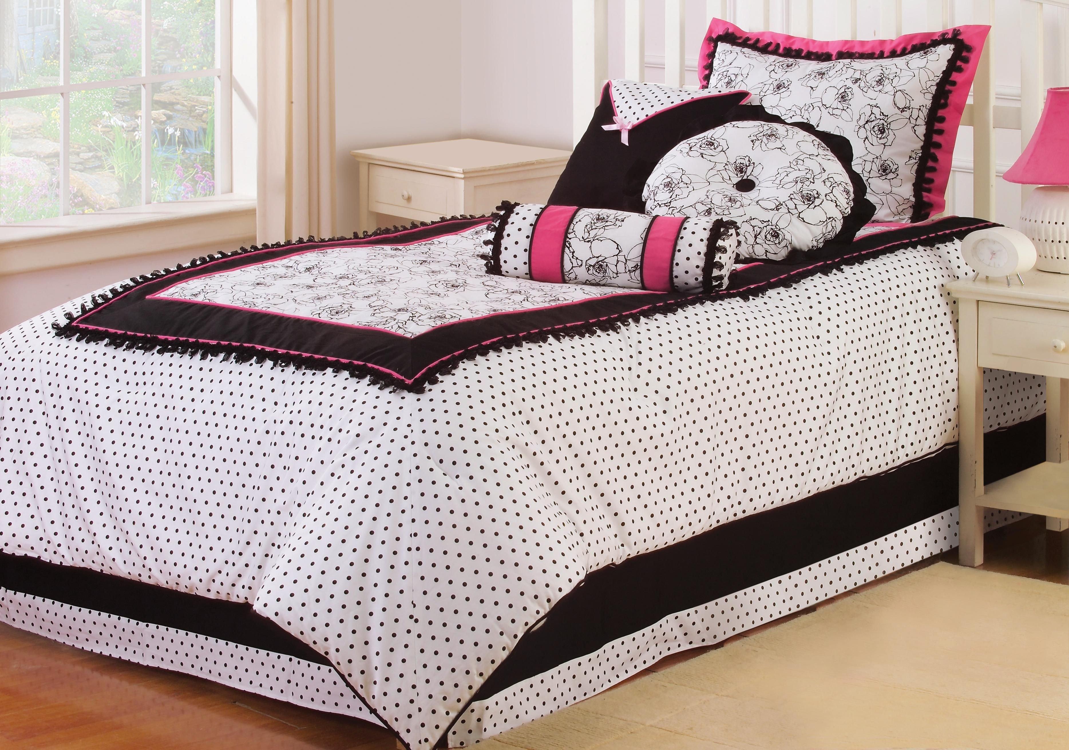 Kathy Ireland Bedroom Furniture Elegant Kathy Ireland Abigale Three Piece Bed Set