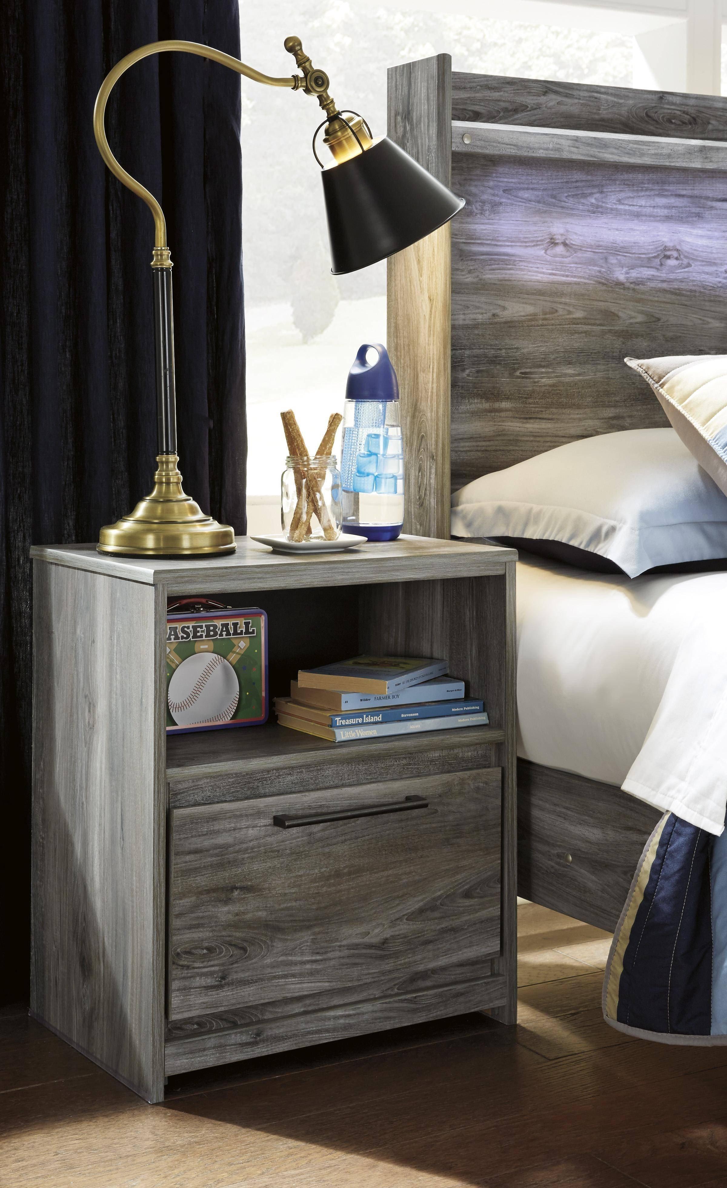 King Size Canopy Bedroom Set Beautiful ashley Baystorm B221 King Size Canopy Bedroom Set 5pcs In
