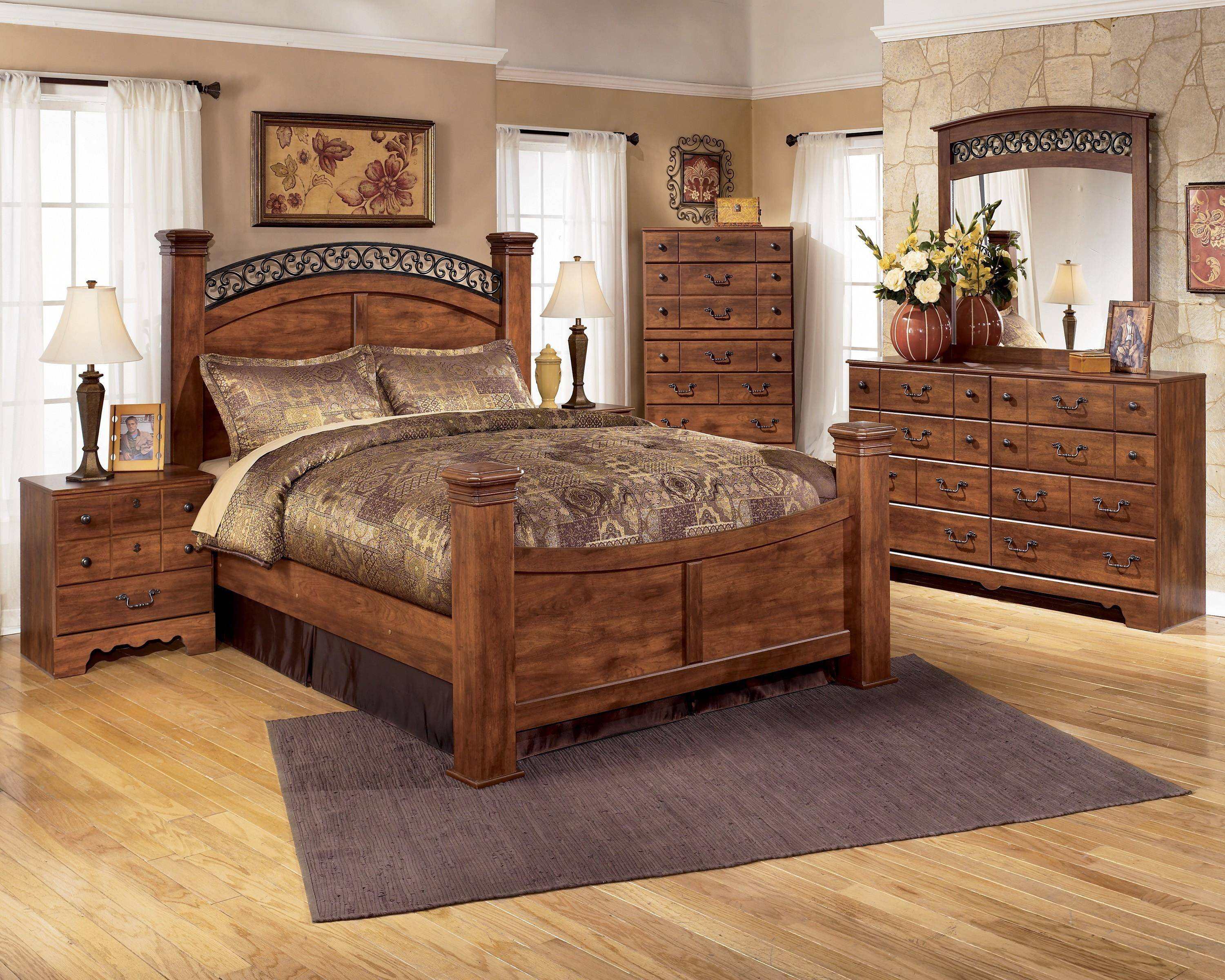 King Size Poster Bedroom Set Lovely ashley Timberline B258 King Size Poster Bedroom Set 6pcs In