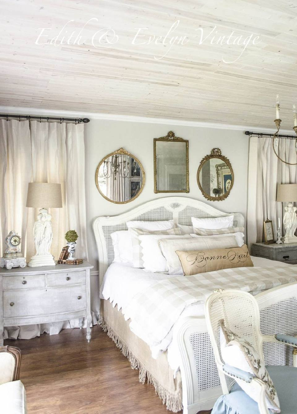 Lake House Decorating Ideas Bedroom Beautiful Ideas for French Country Style Bedroom Decor