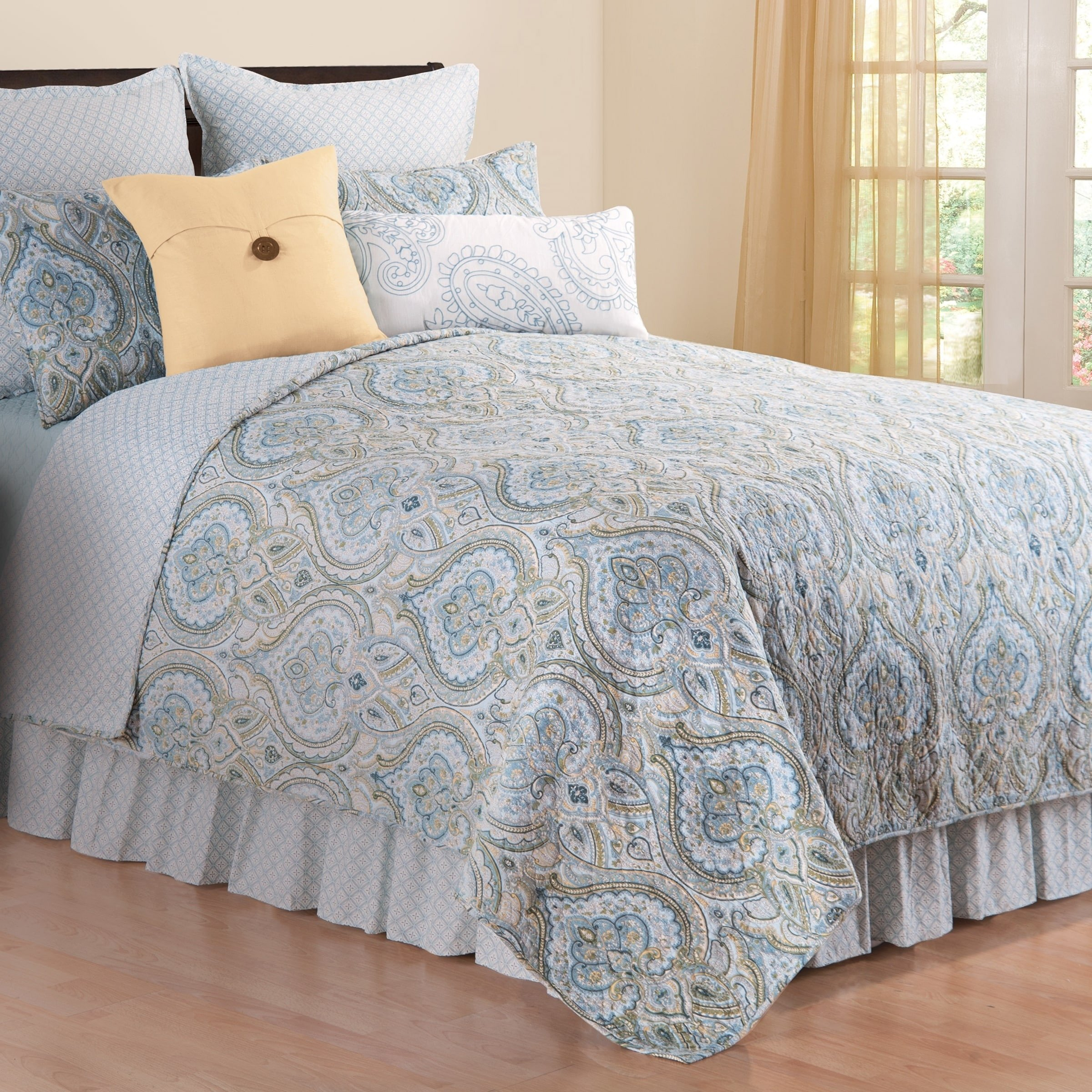 Laura ashley Bedroom Set Elegant Amherst Blue Quilt Set