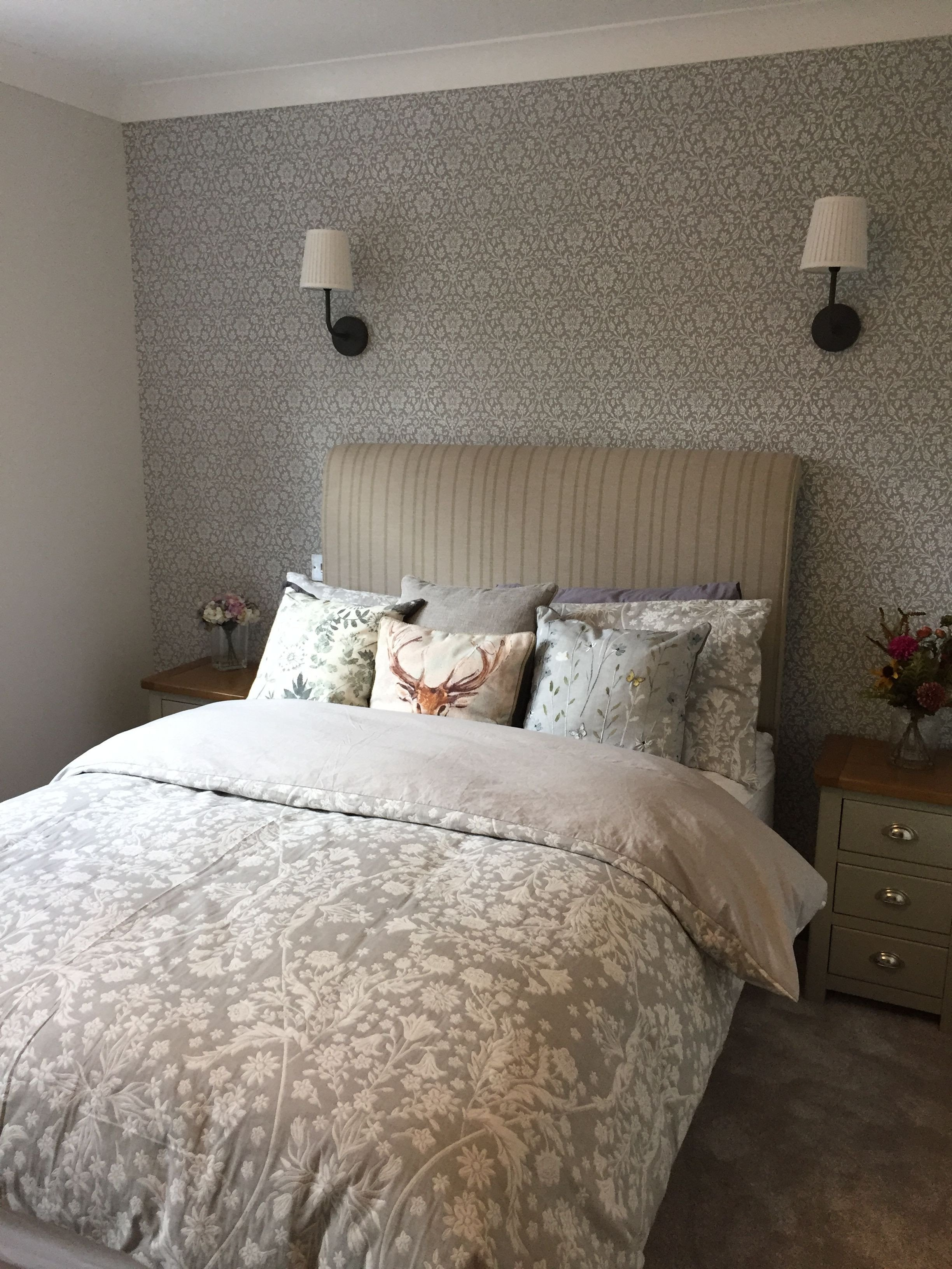 Laura ashley Bedroom Set Lovely Guest Room Laura ashley Annecy Wallpaper Ikea Wall Light