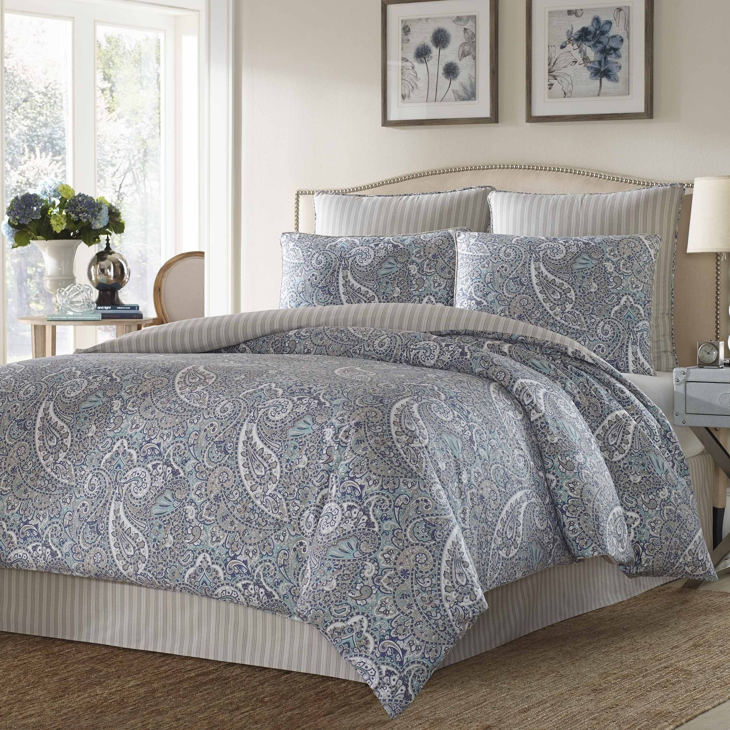 Light Blue Bedroom Set Beautiful Give Your Room A Stunning Finishing touch when You Dress Up