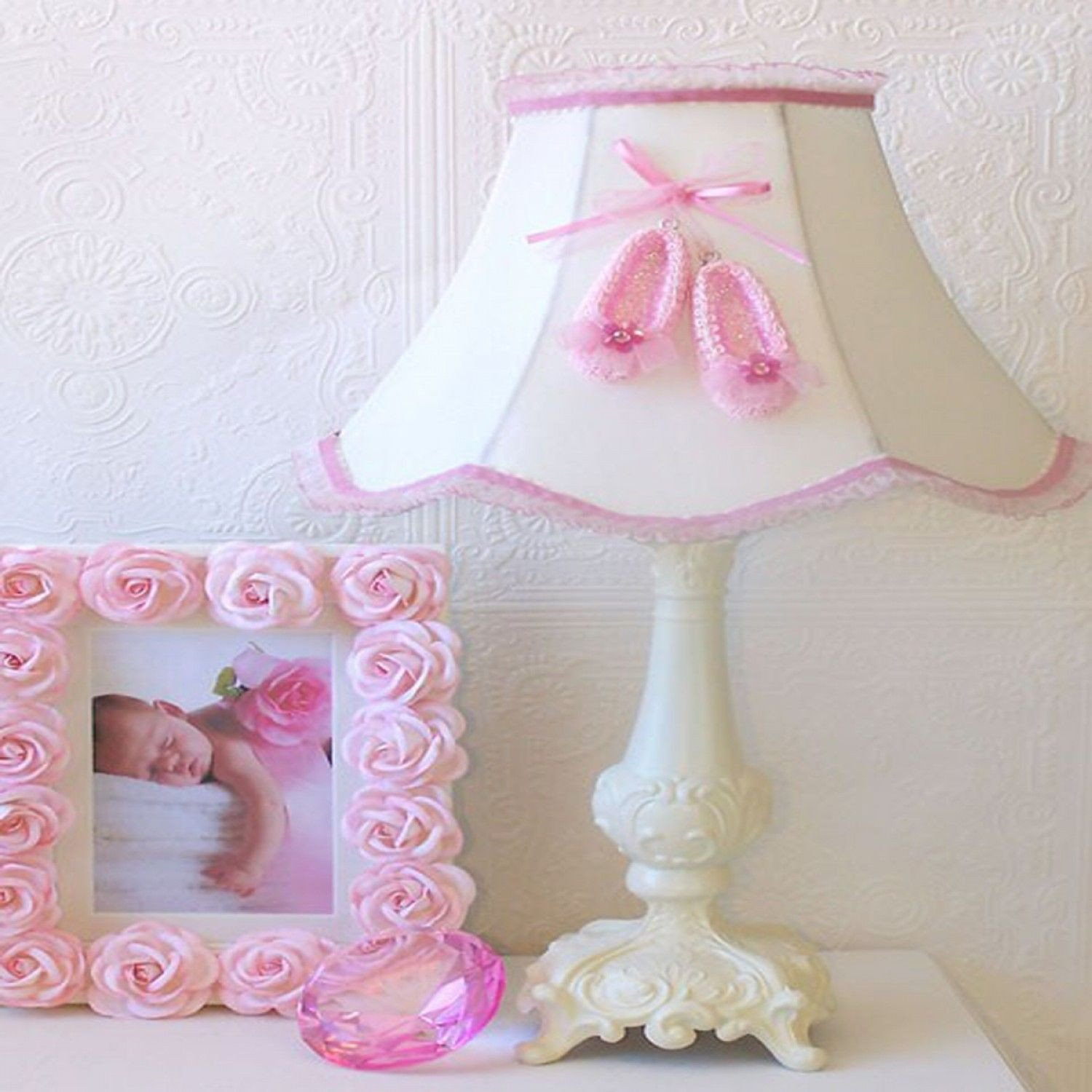 Light Fixtures for Girl Bedroom Beautiful Exquisite Rose Pink Ballerina Slippers Table Lamp and Rose