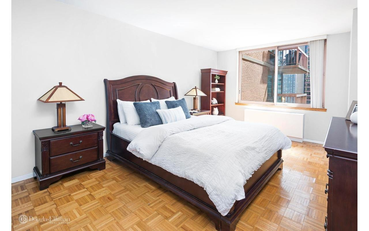 Locker Room Bedroom Furniture Inspirational Streeteasy the Vanderbilt at 235 East 40th Street In Murray